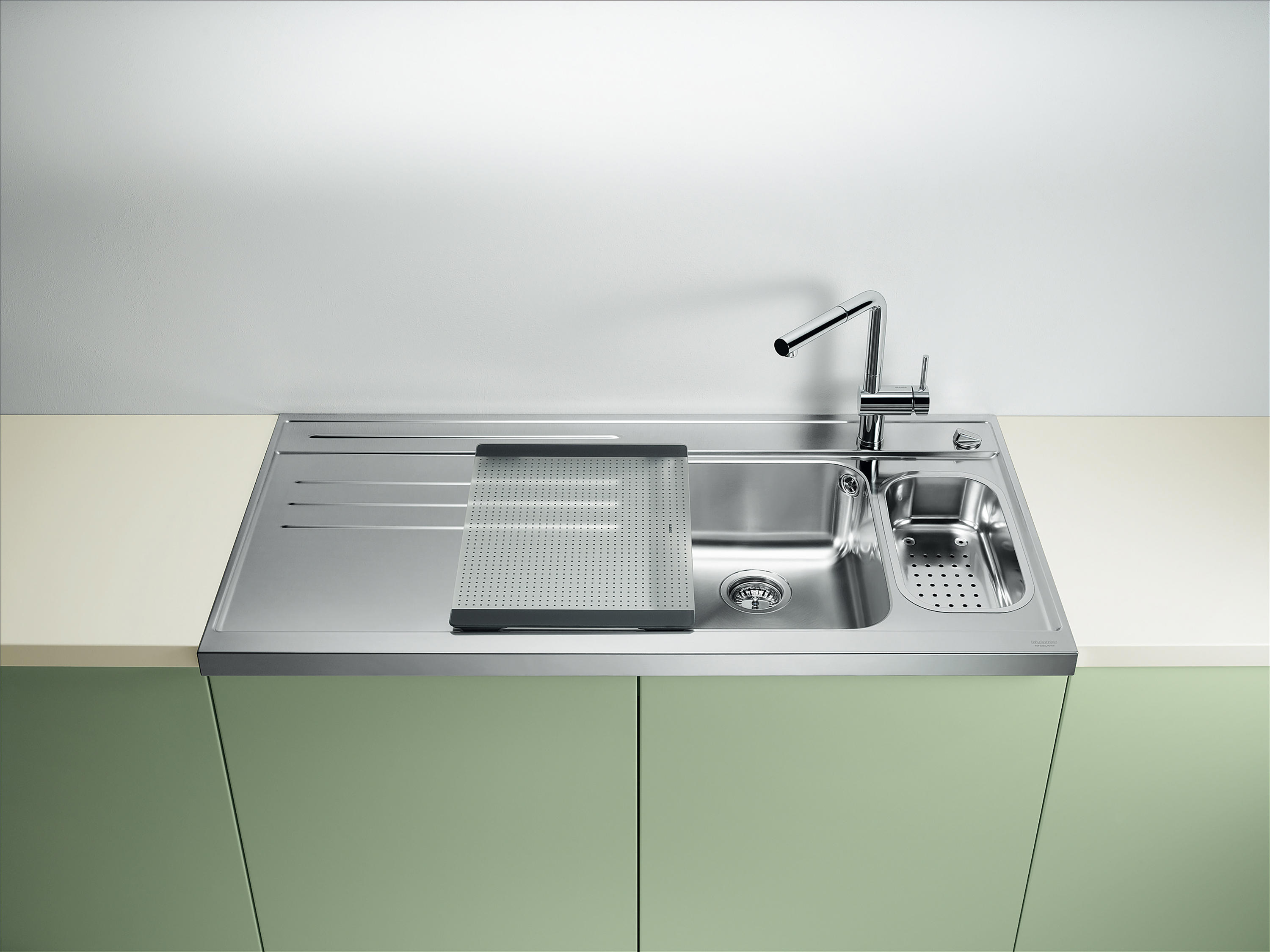 blanco axis ii 45 s if kitchen sinks from blanco. Black Bedroom Furniture Sets. Home Design Ideas