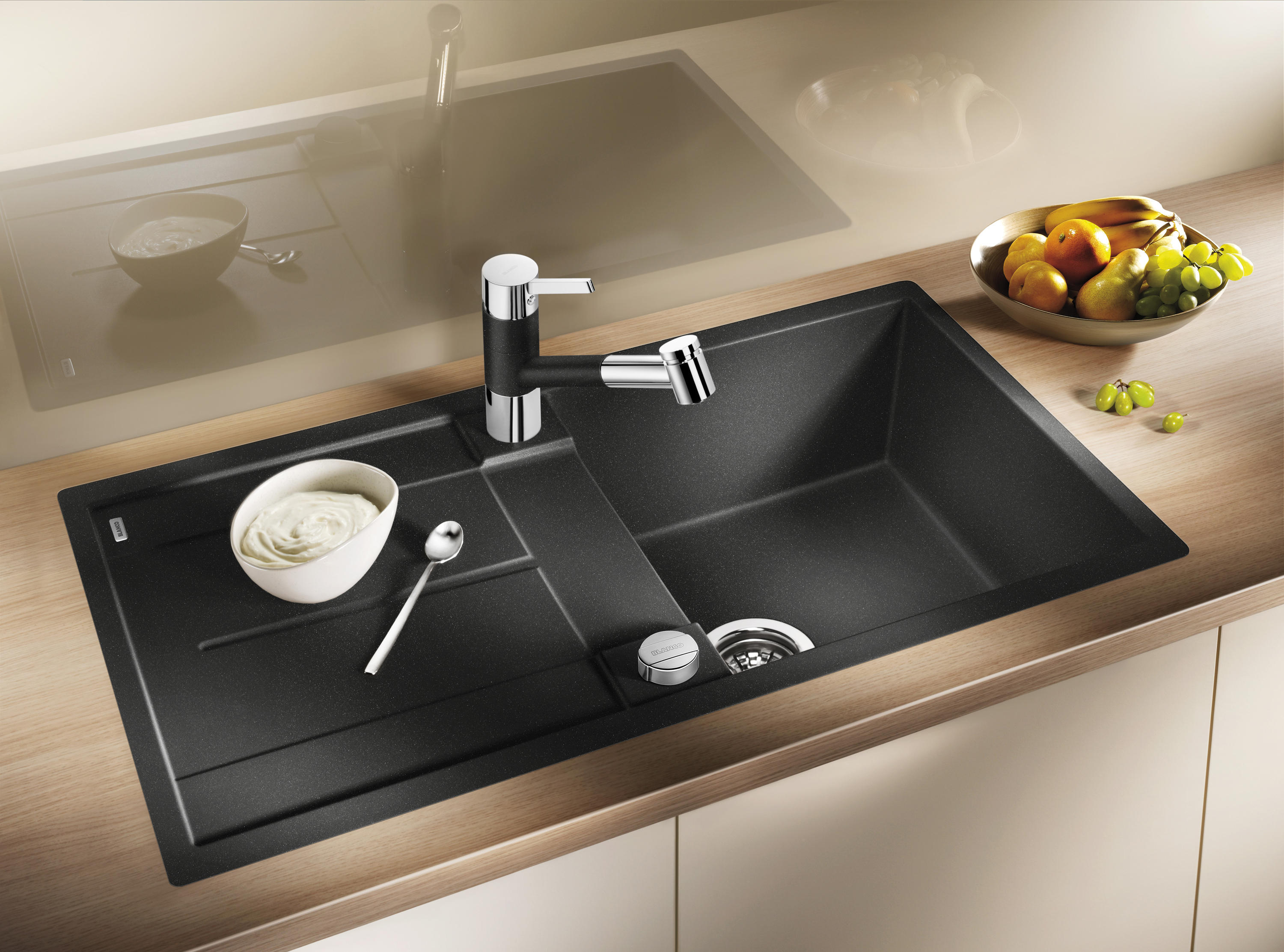 blanco metra 45 s silgranit anthracite kitchen sinks from blanco architonic. Black Bedroom Furniture Sets. Home Design Ideas