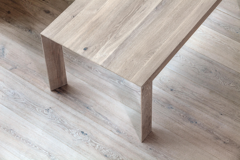 Ot table tavoli da pranzo trapa architonic for Produttori tavoli