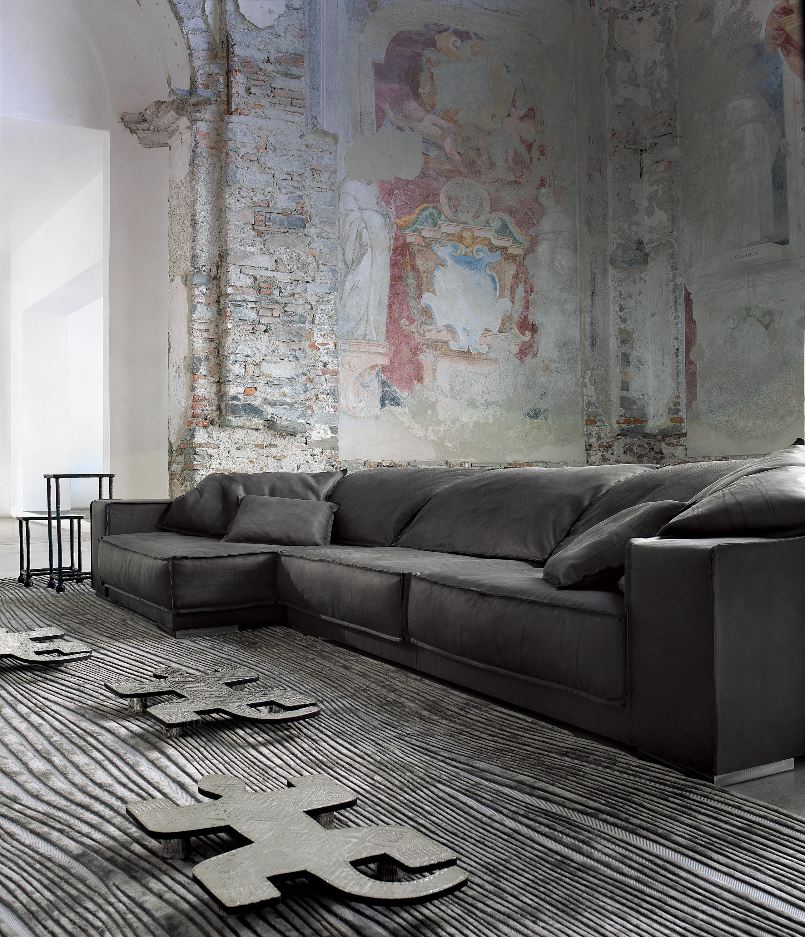 Budapest sofa lounge sofas from baxter architonic for Divano budapest baxter