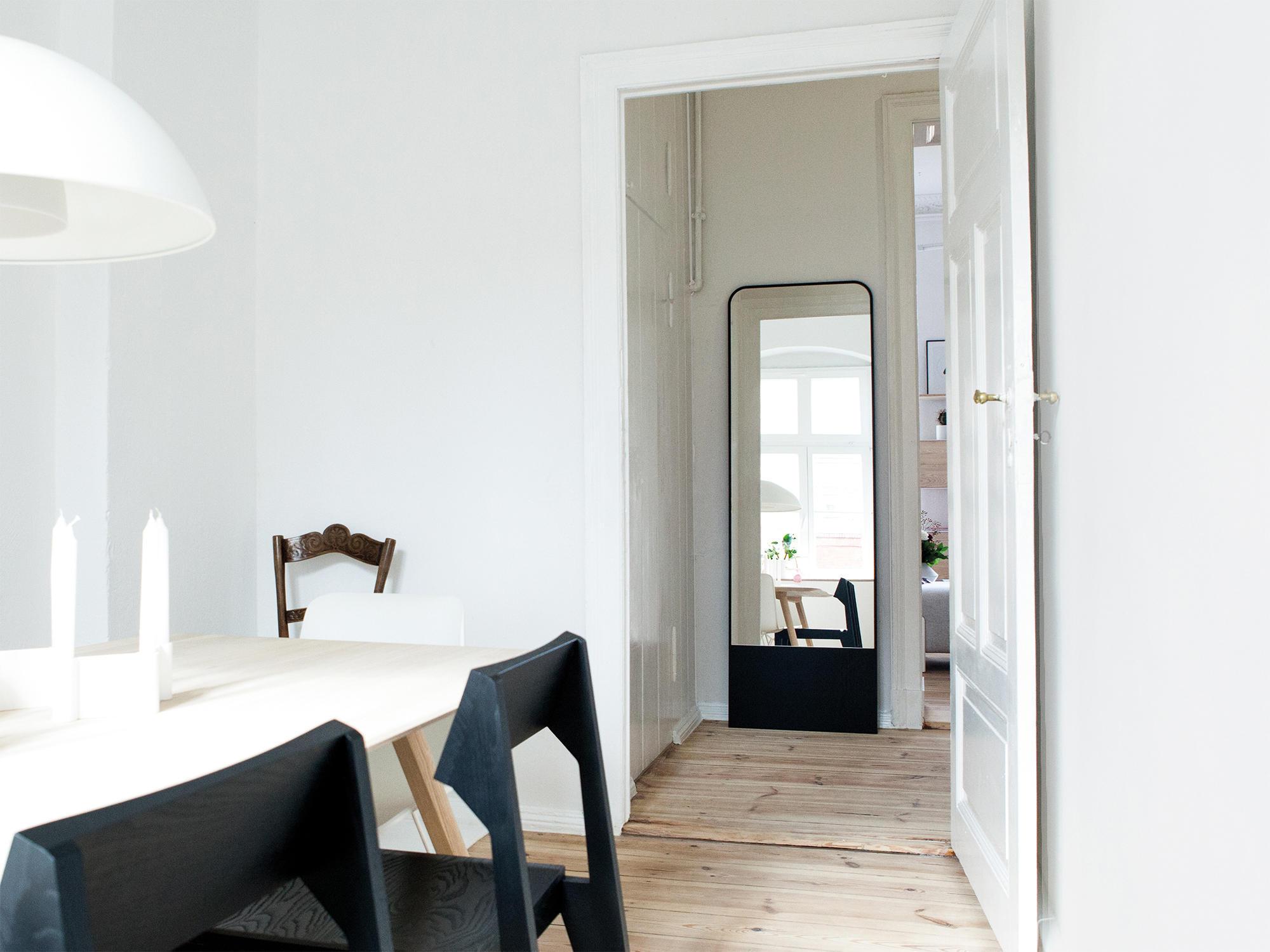 schneider spiegel von objekte unserer tage architonic. Black Bedroom Furniture Sets. Home Design Ideas