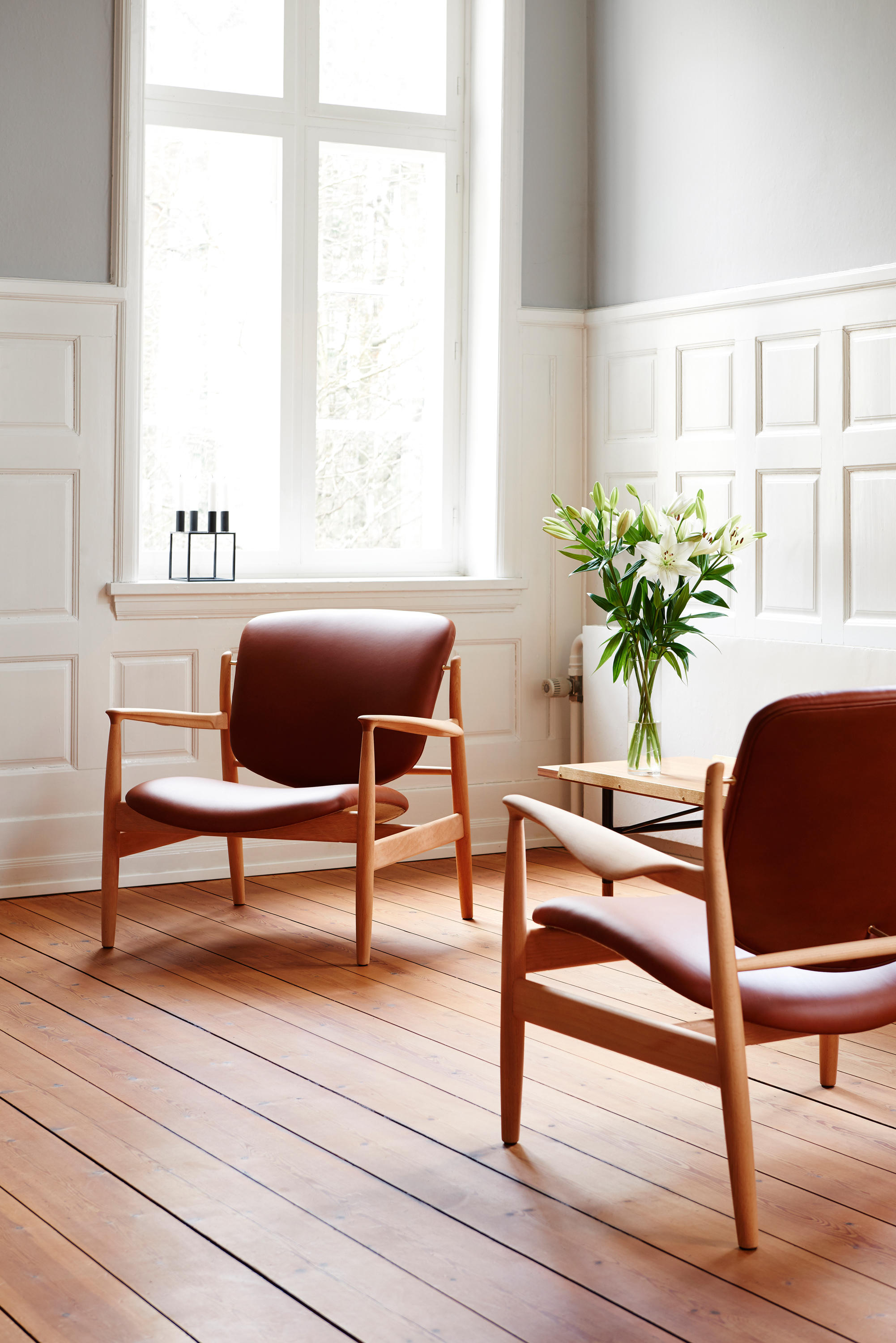 France chair lounge chairs from house of finn juhl for Danish design furniture replica uk