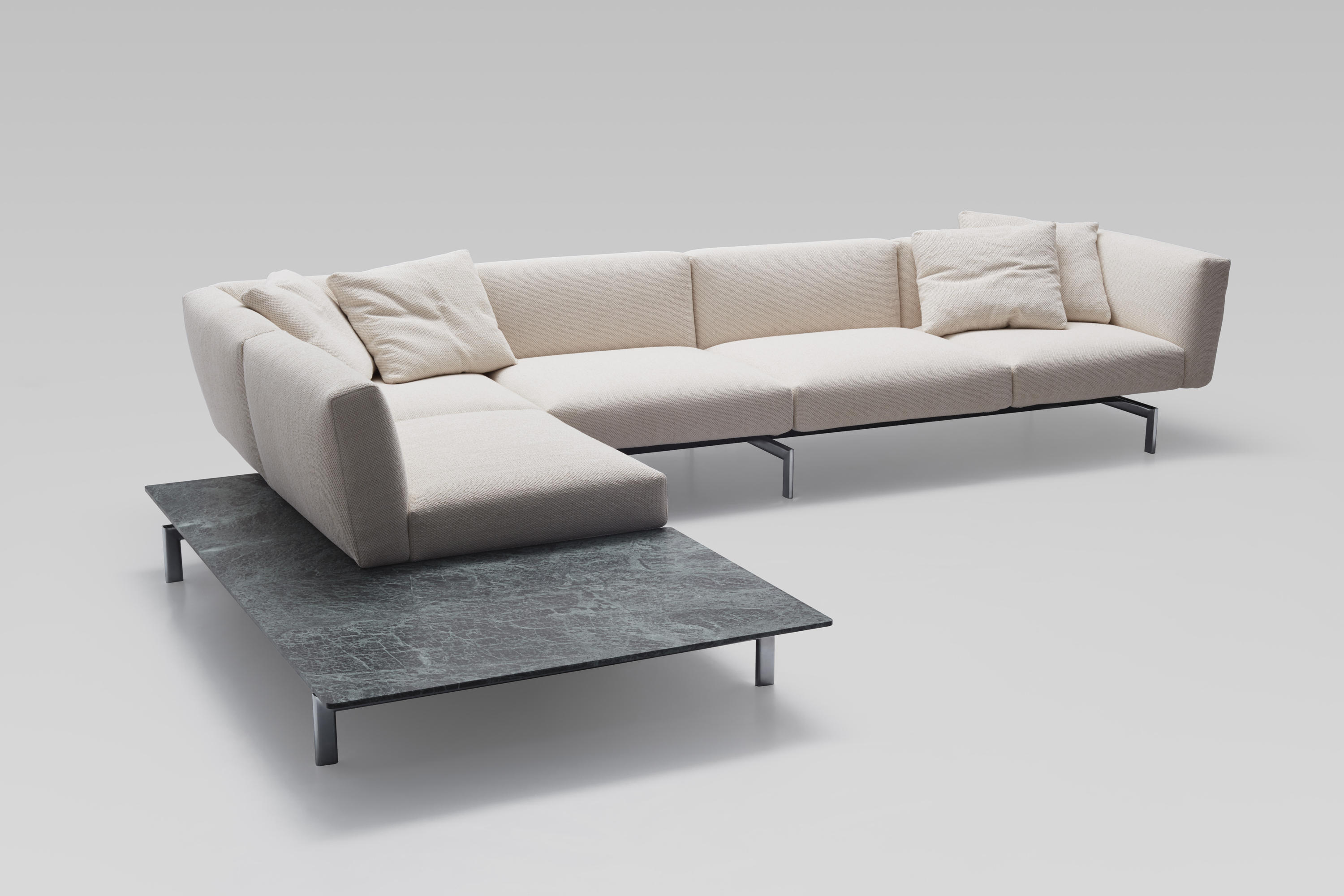 lissoni avio sofa system sofas from knoll international architonic. Black Bedroom Furniture Sets. Home Design Ideas
