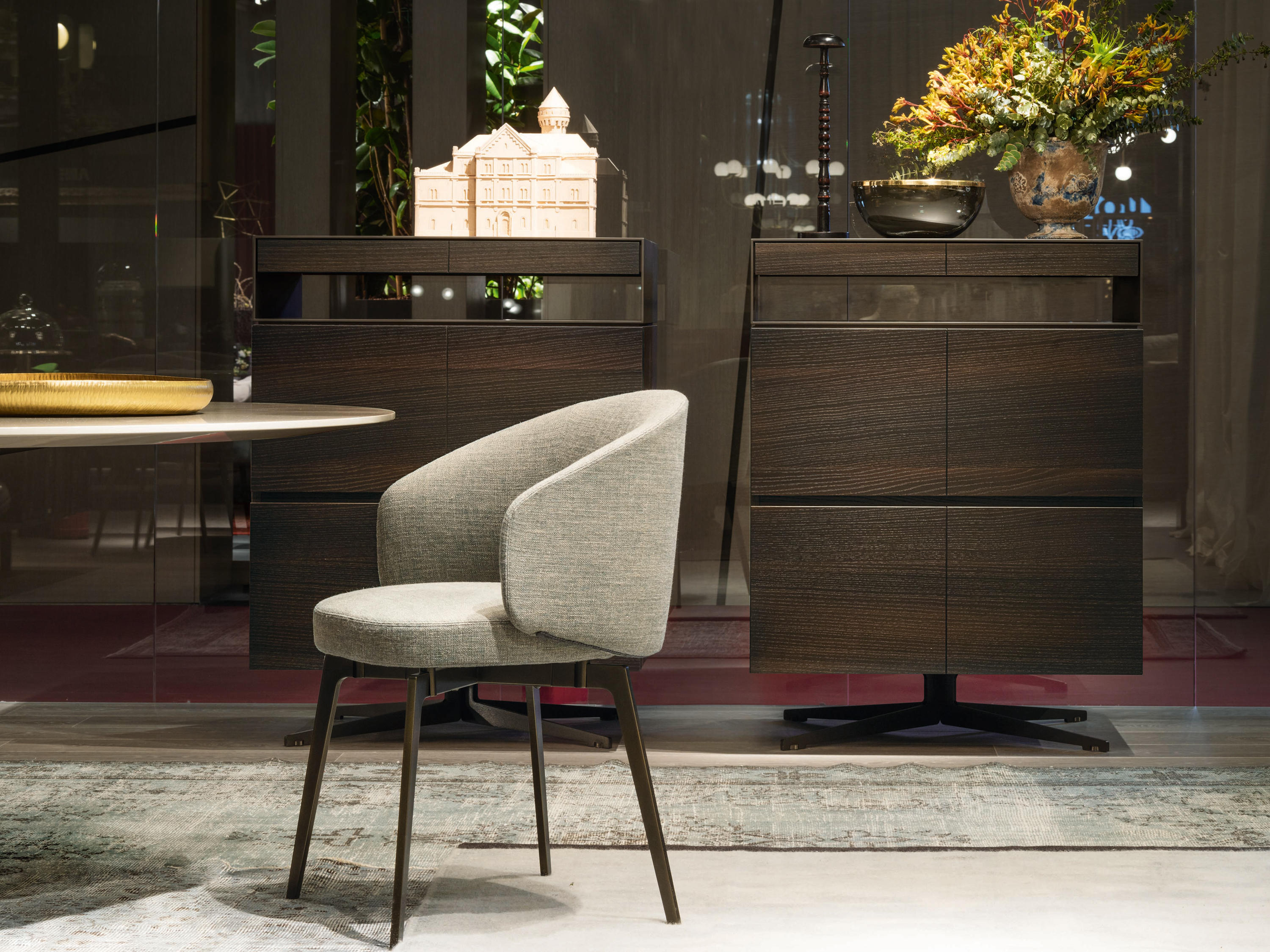 Bea restaurant chairs from lema architonic for City meuble catalogue