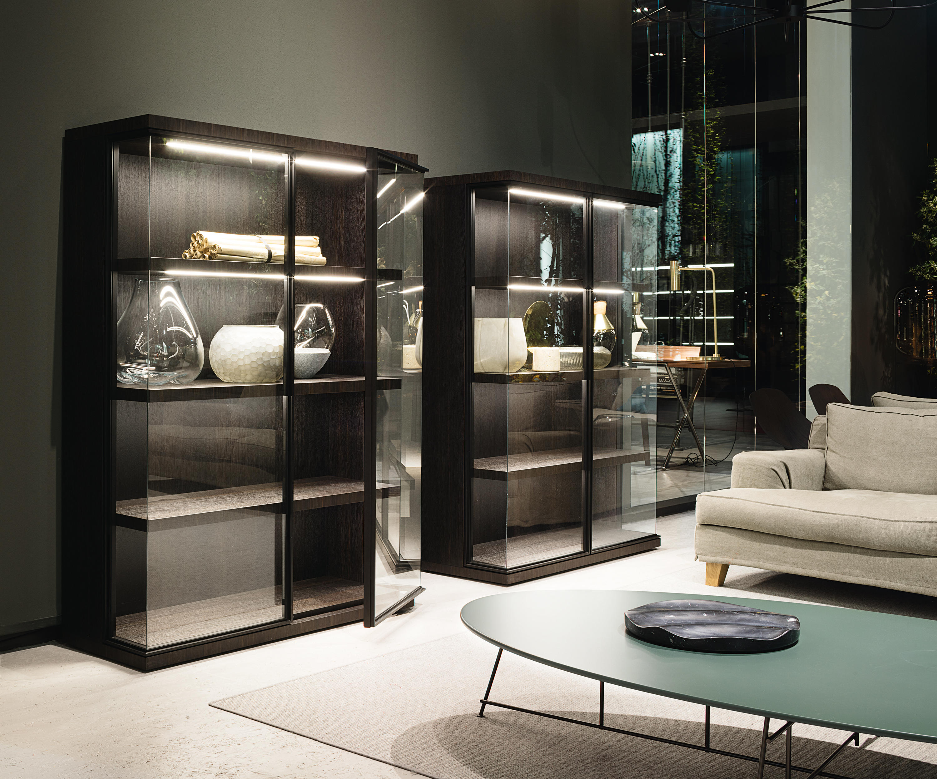glance display cabinets from lema architonic. Black Bedroom Furniture Sets. Home Design Ideas