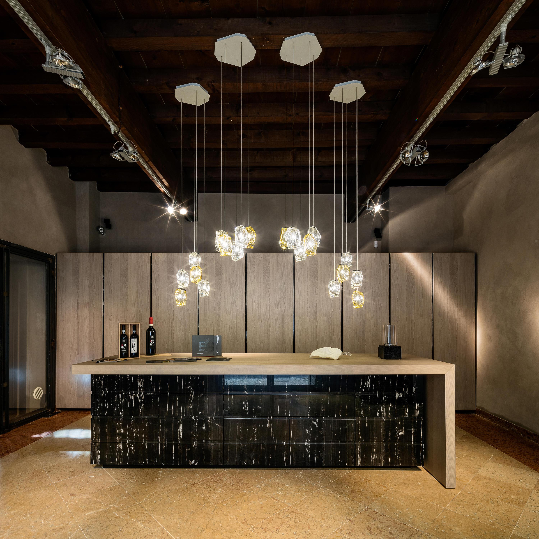 crystal rock 1 blue suspended lights from lasvit architonic. Black Bedroom Furniture Sets. Home Design Ideas