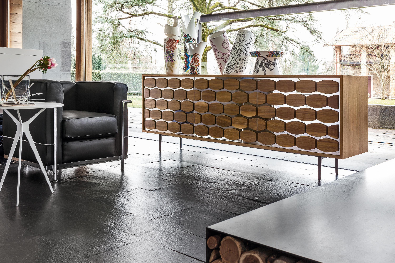 Honey shelving from tonin casa architonic for Madia design