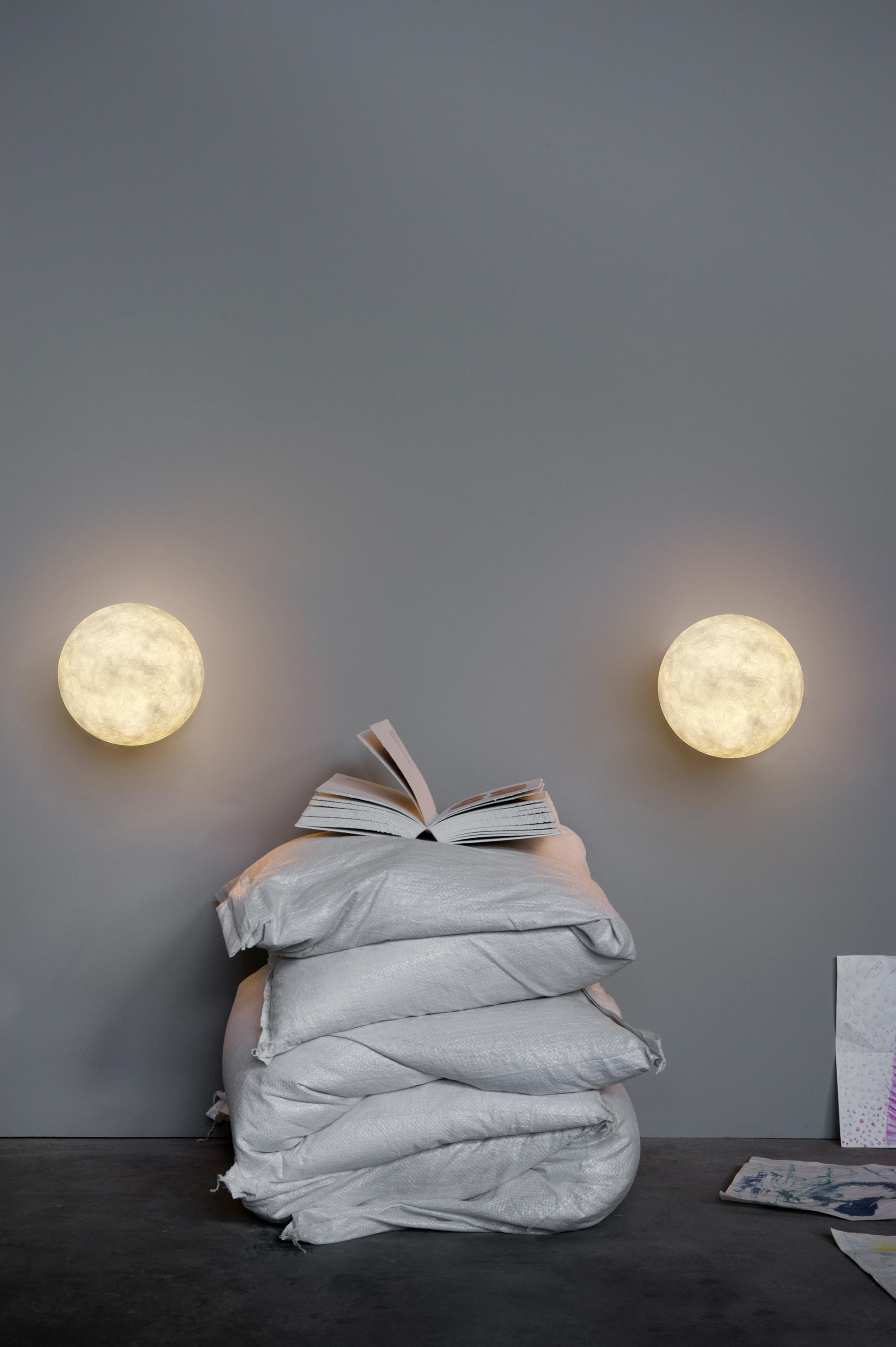 A Moon Wall Lights From In Es Artdesign Architonic