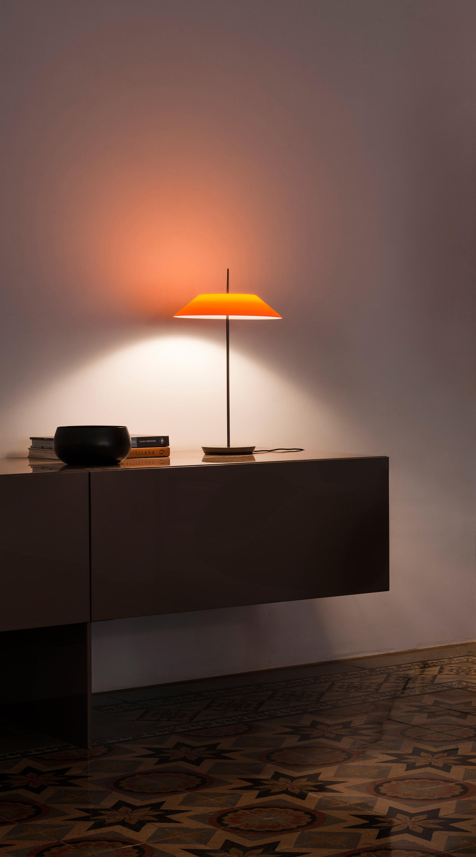 mayfair table lamp general lighting from vibia architonic. Black Bedroom Furniture Sets. Home Design Ideas