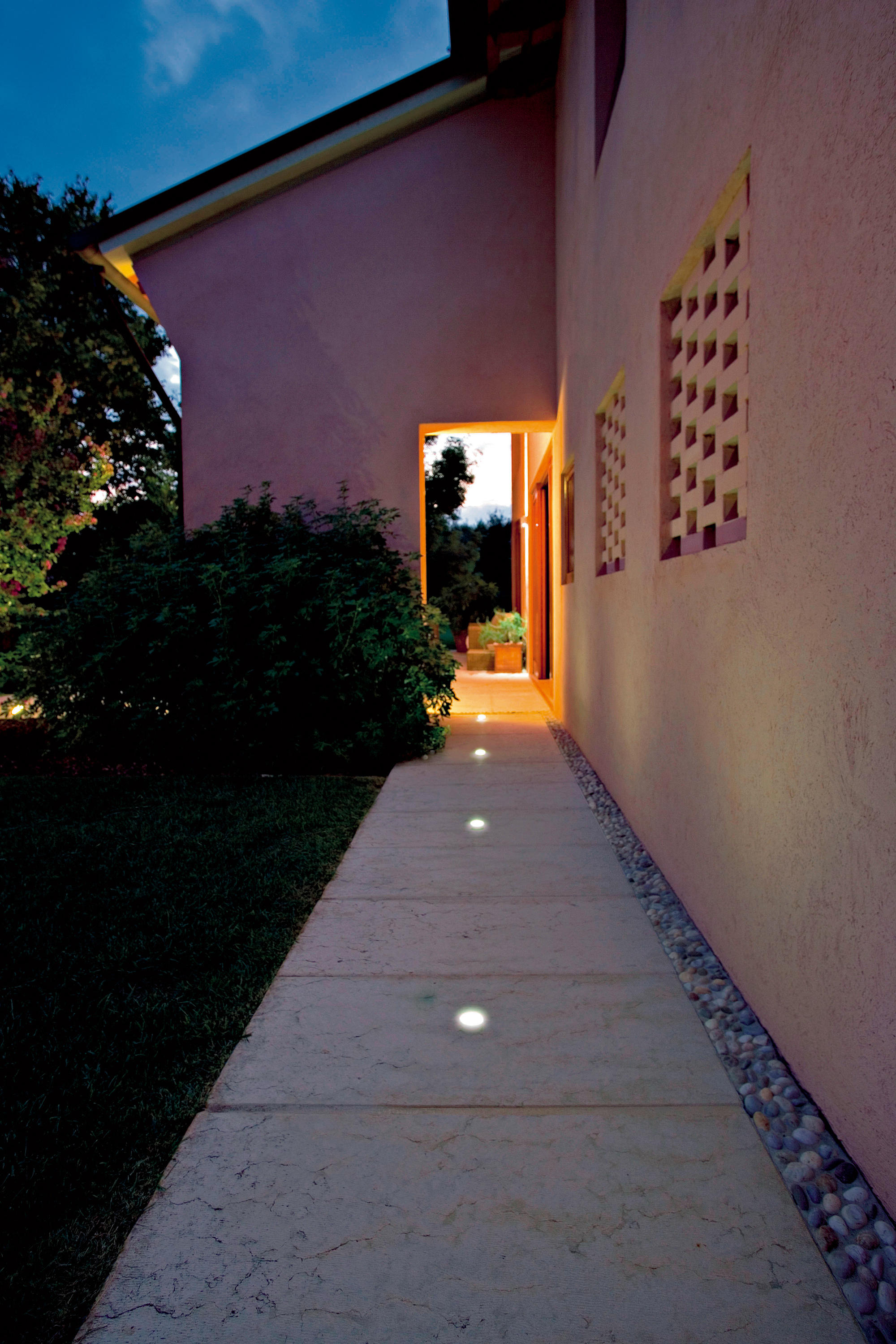 Goccia Outdoor Wall Lights From L Amp L Luce Amp Light Architonic