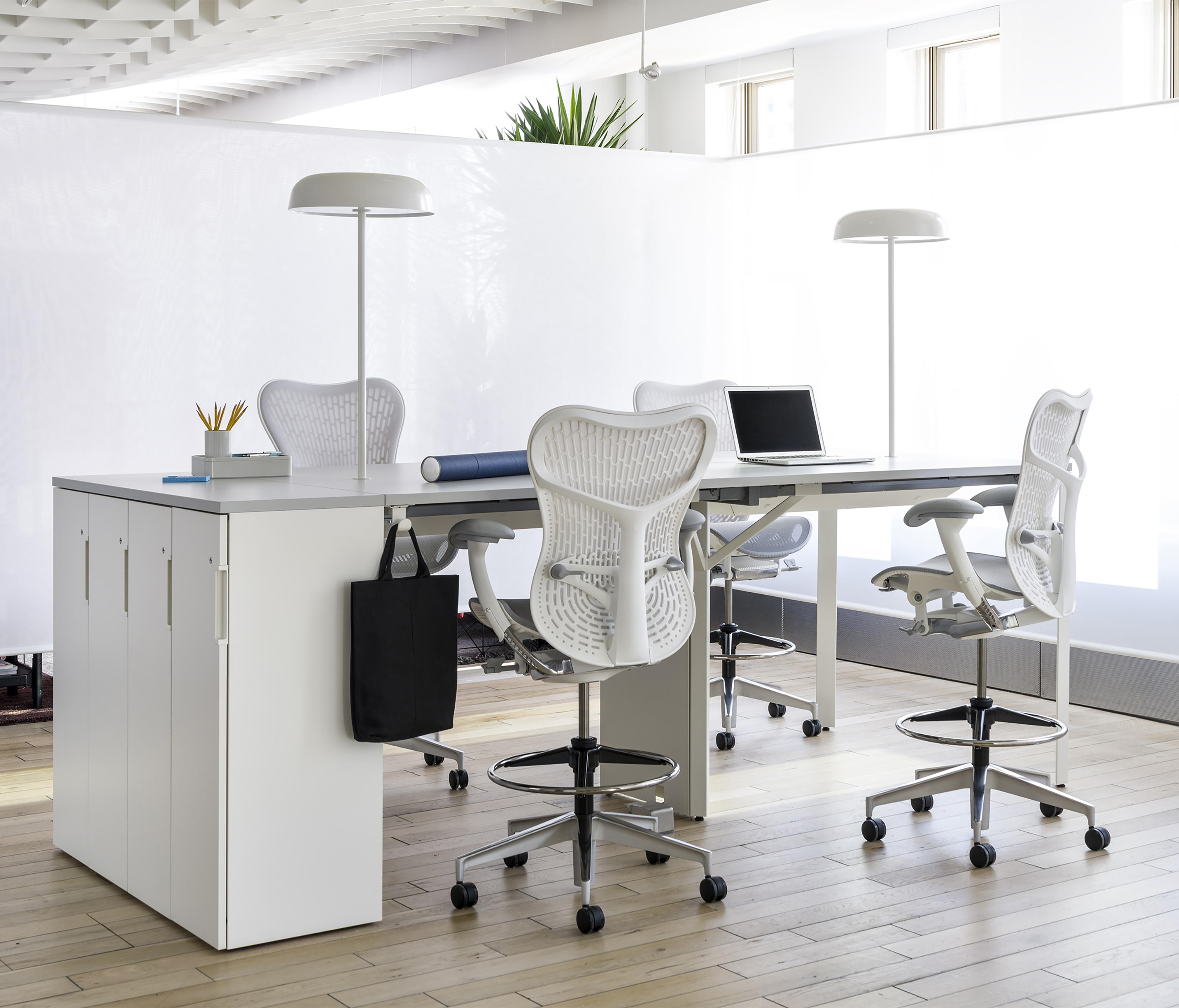 MIRRA 2 CHAIR Management chairs from Herman Miller
