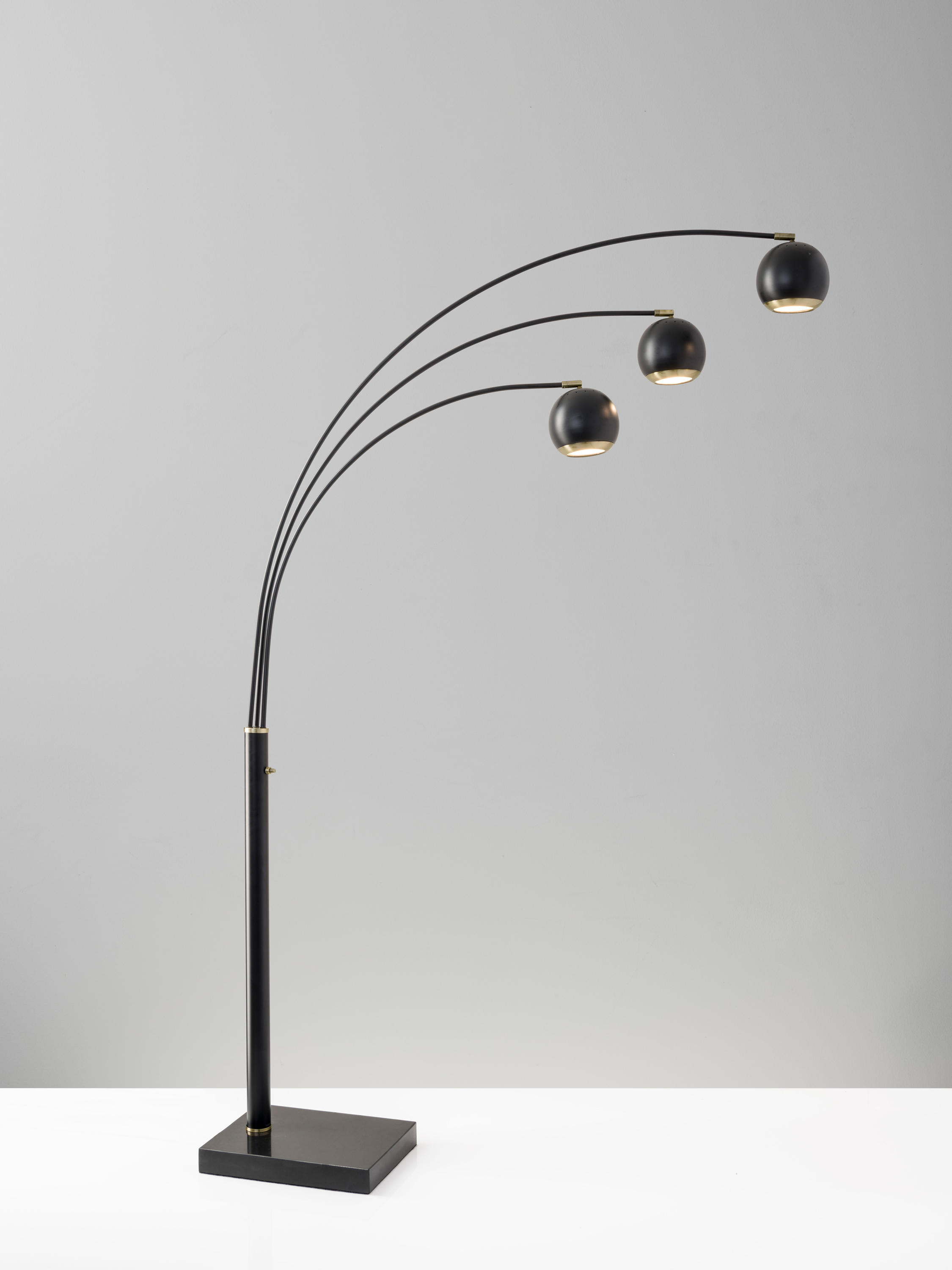 quincy led desk lamp by ads360