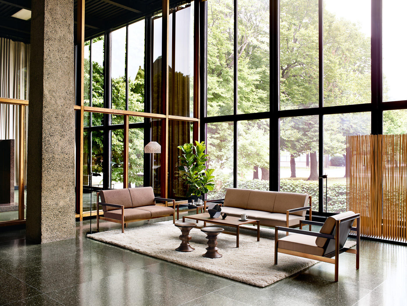 Brabo Lounge Family Armchairs From Herman Miller