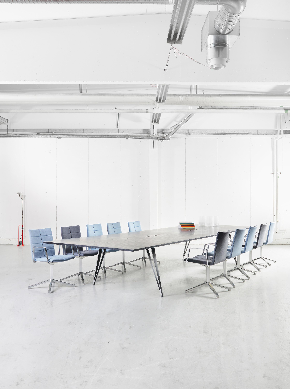 ATTACH 3 LEGS Tables de réunion de Lammhults Architonic