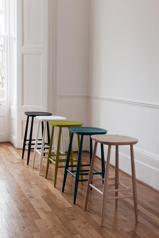Originals bar stool standard barhocker von ercol for Barhocker englisch