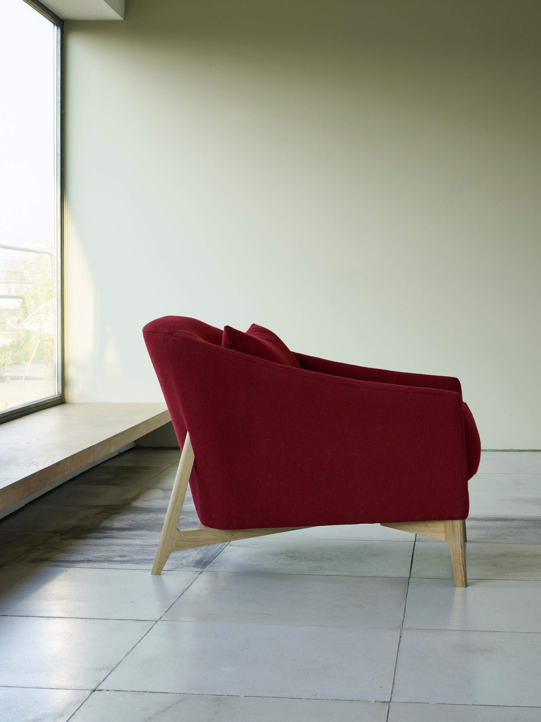 Rho Chair Armchairs From Ercol Architonic