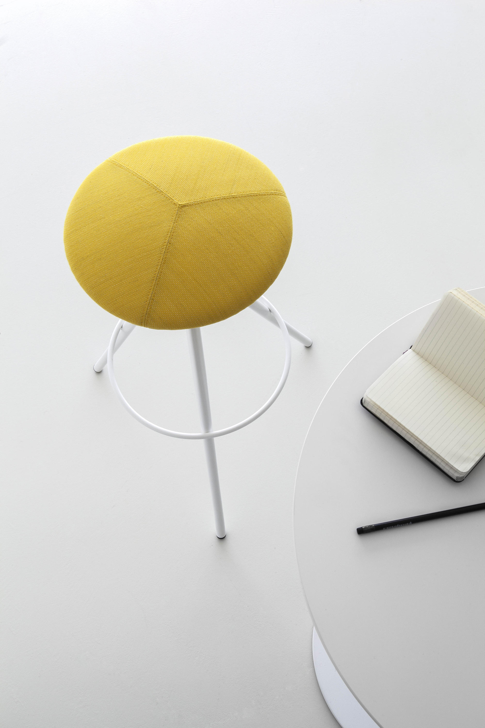 Wil Bar Stools From Lapalma Architonic