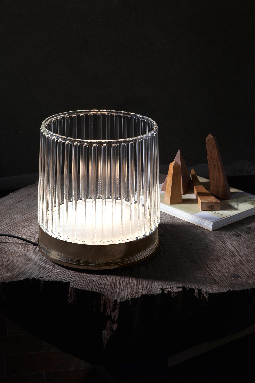 Klint lampada da tavolo grande illuminazione generale for Lampada da tavolo grande