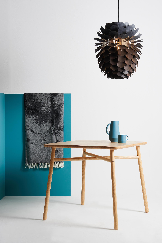 fafa table round esstische von schneid architonic. Black Bedroom Furniture Sets. Home Design Ideas