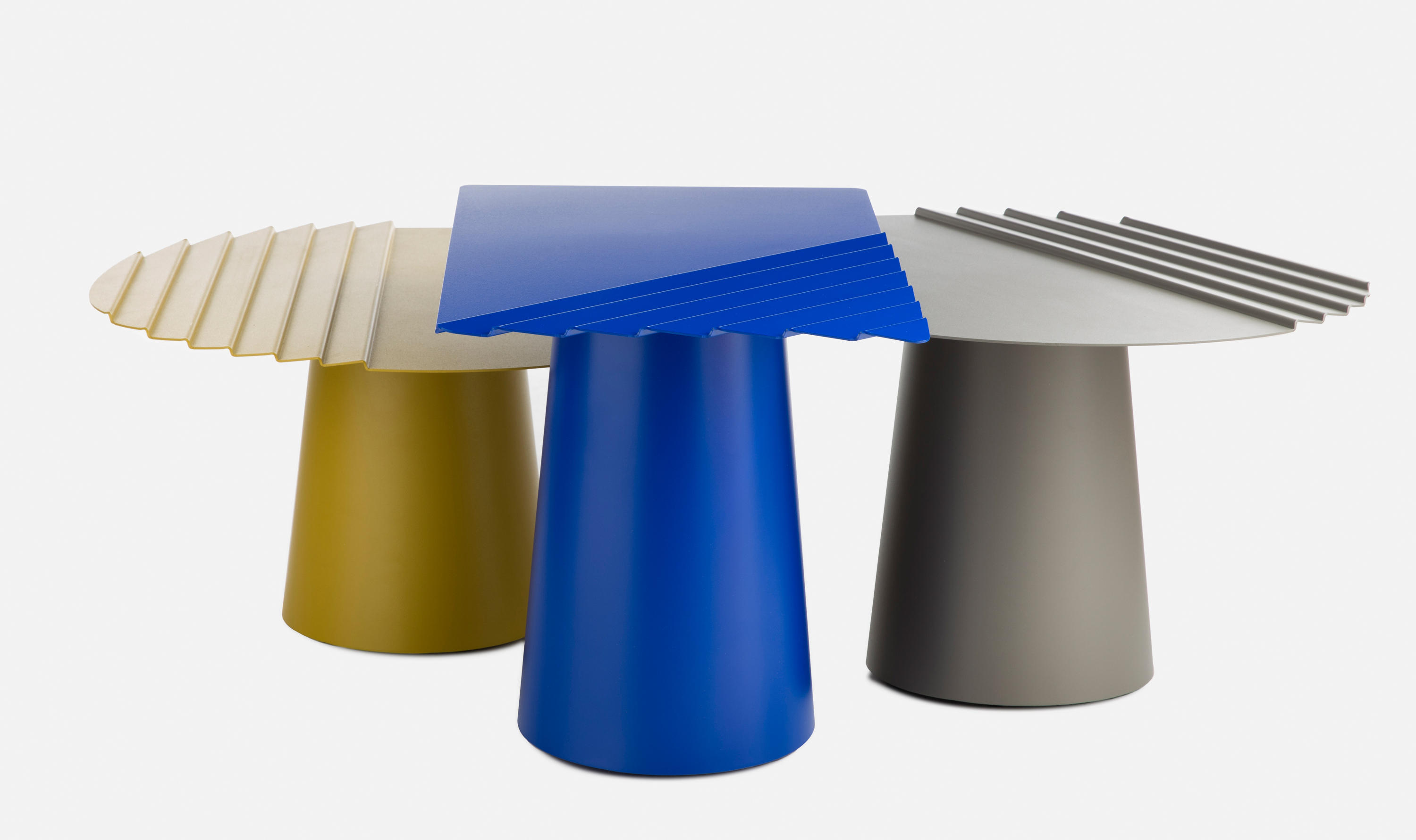 Wind table n 1 coffee tables from mati re grise architonic - Table grise conforama ...