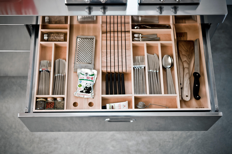 Cucine 190 cucine modulari alpes inox architonic for Cucine modulari