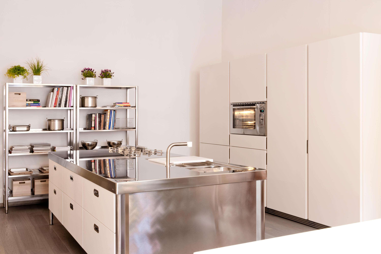 Cucine 250 cucine compatte alpes inox architonic - Blocco cucina 160 cm ...