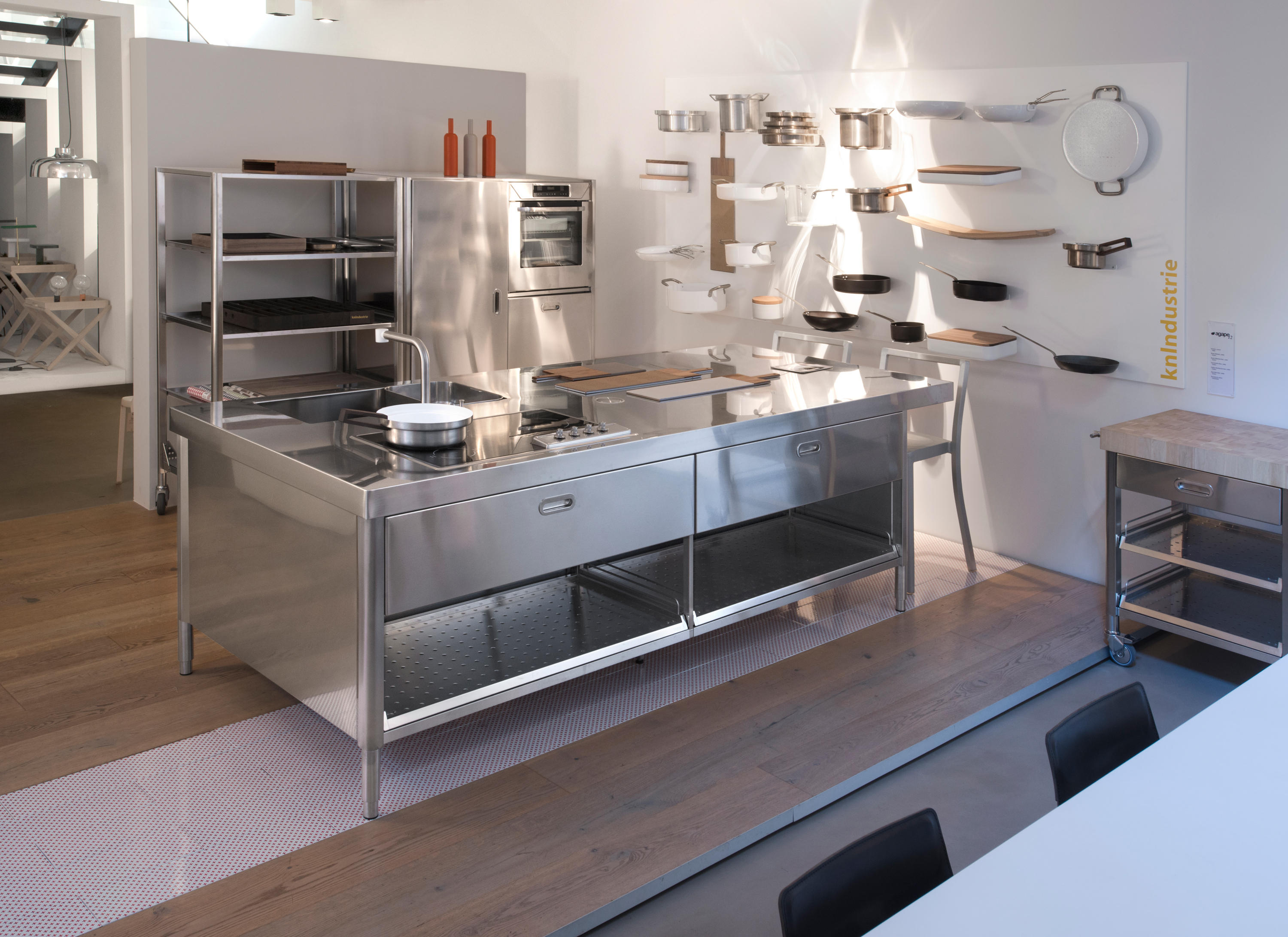 cucine 250 cucine compatte alpes inox architonic. Black Bedroom Furniture Sets. Home Design Ideas