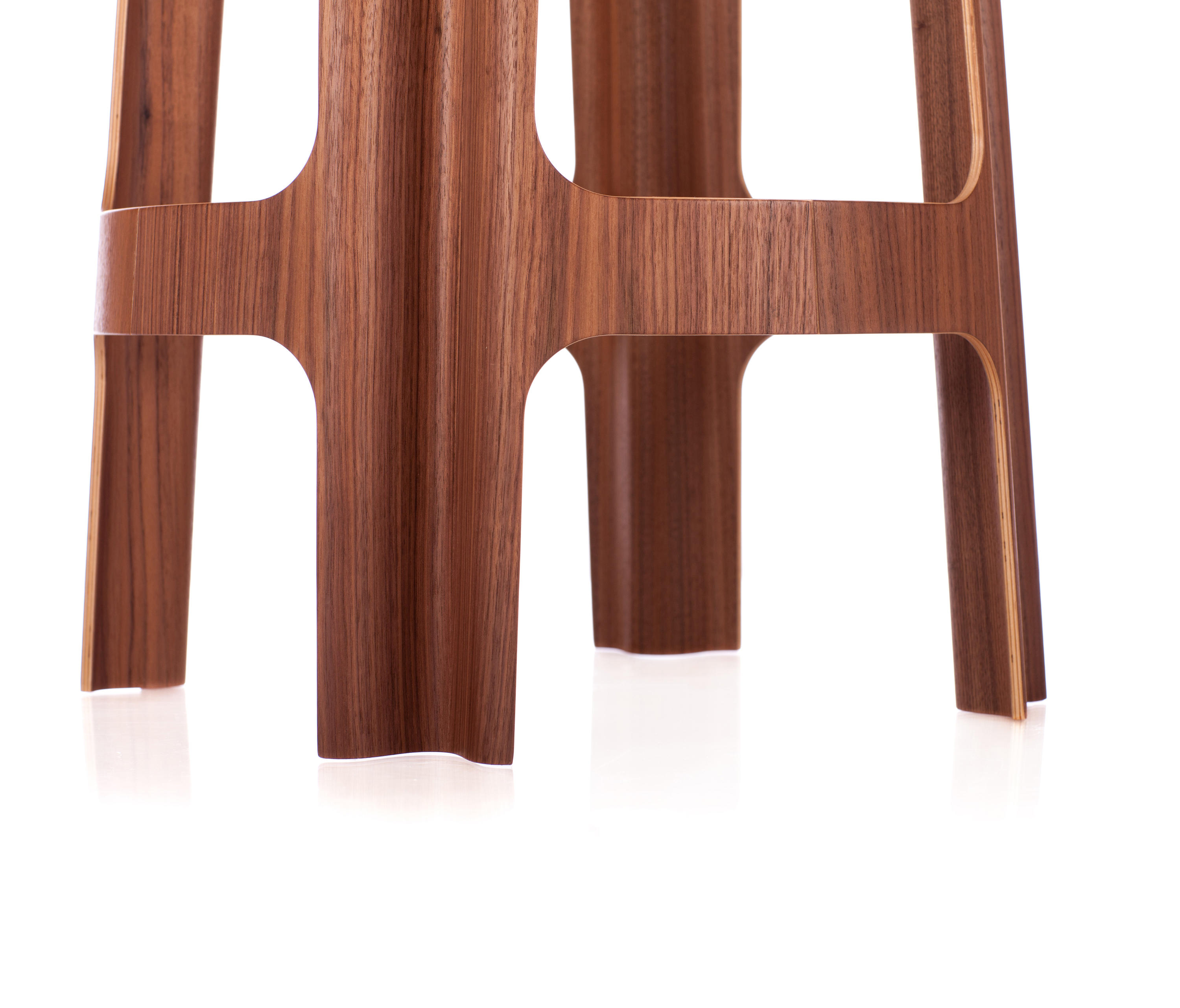 bloom bar low  bar stools from riga chair  architonic -  bloom bar low by riga chair