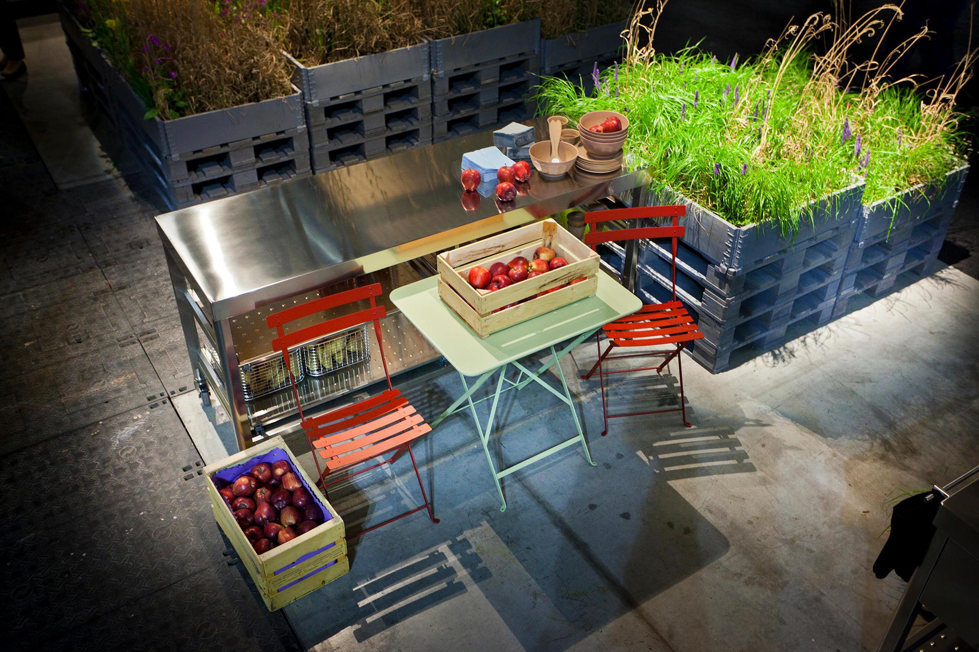 Outdoor Küche Mit Friteuse : Outdoor kÜchen modulküchen von alpes inox architonic
