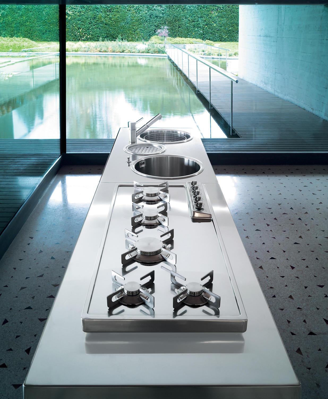 Piani cottura cucine 70 piani di cottura alpes inox for Piani di coperta a 2 piani