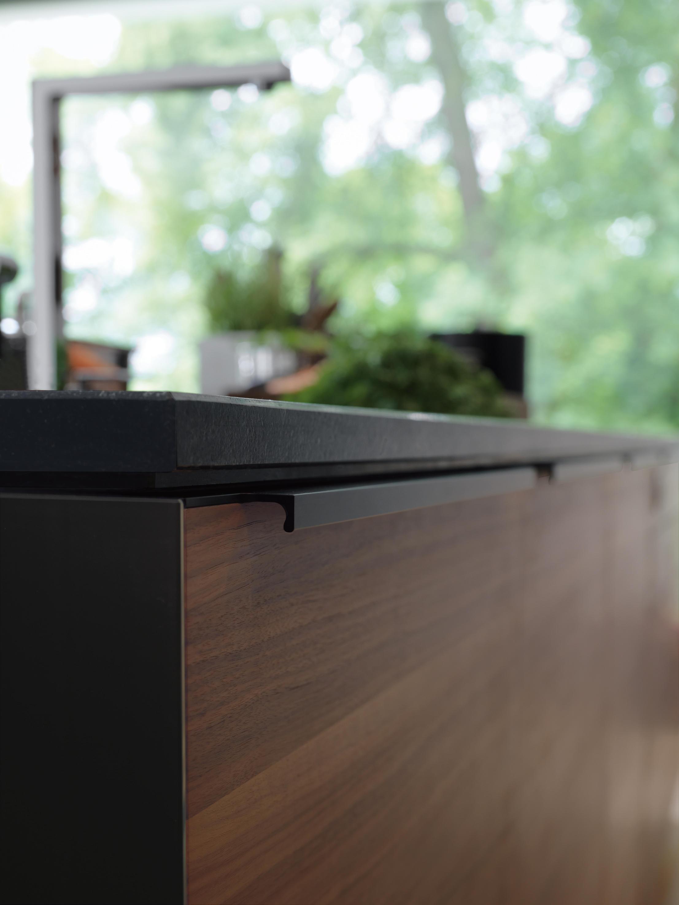 BLACK LINE KÜCHE - Einbauküchen von TEAM 7 | Architonic