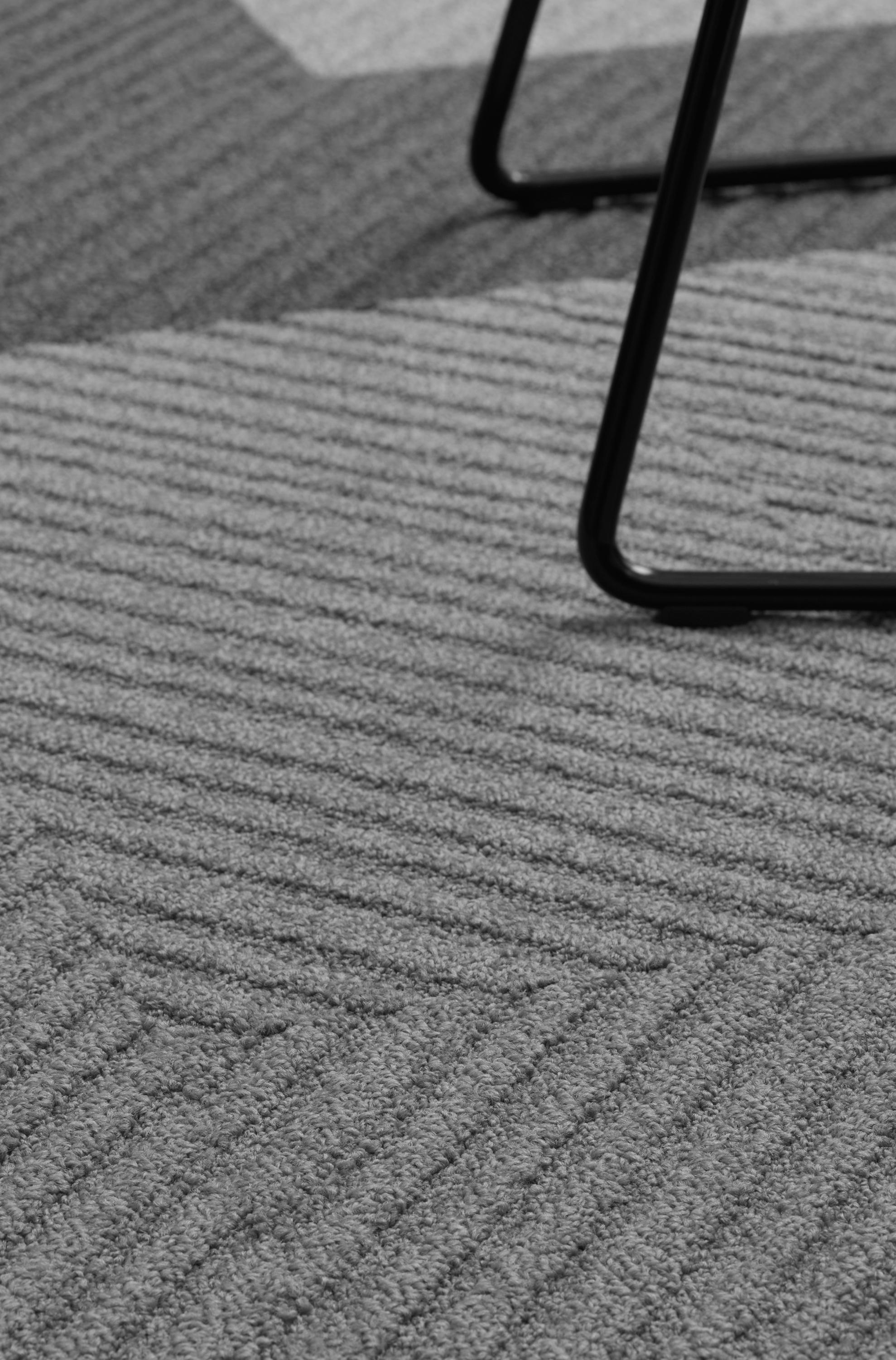 Traverse Carpet Tiles From Desso Architonic