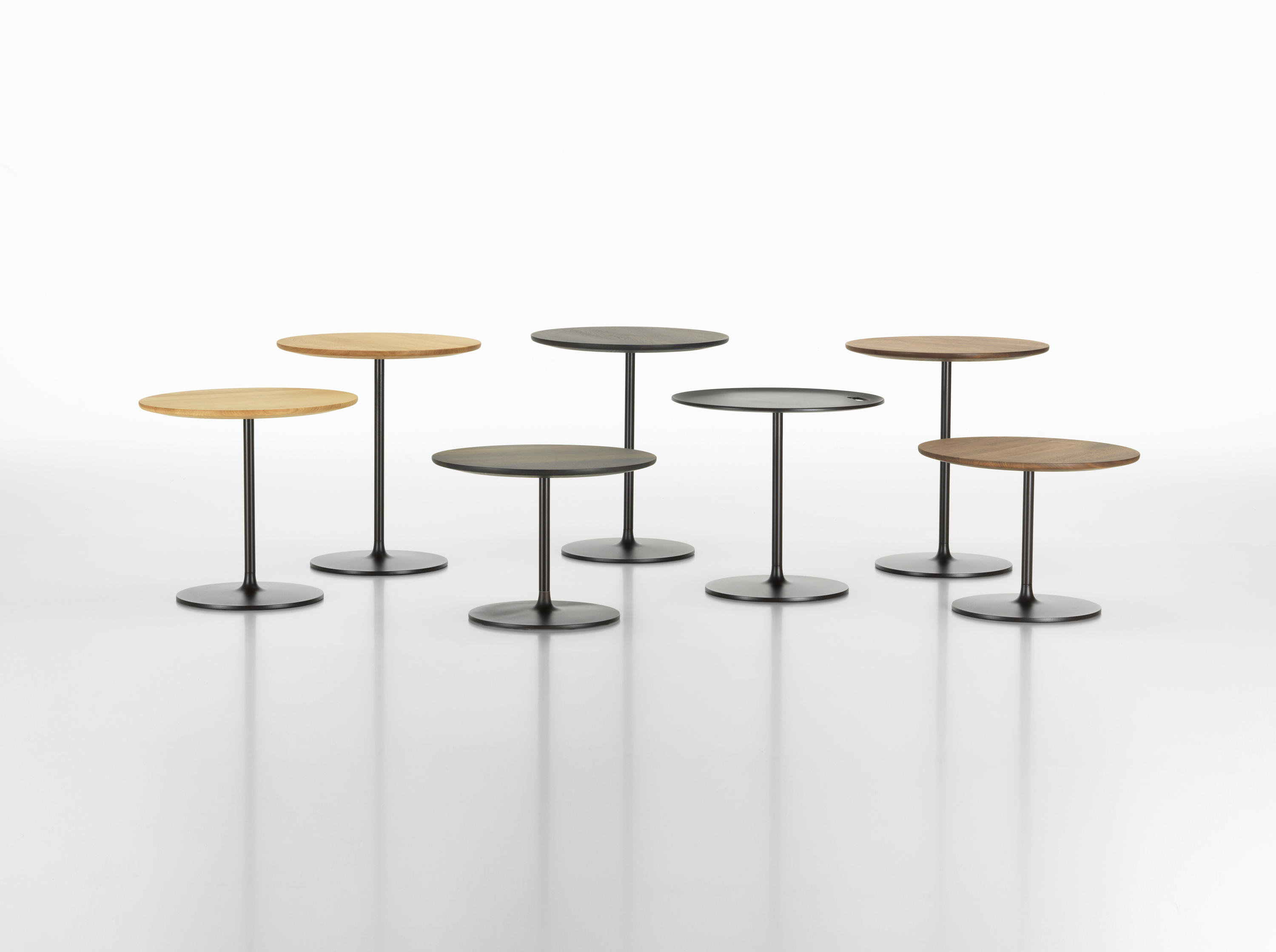 occasional low table side tables from vitra architonic. Black Bedroom Furniture Sets. Home Design Ideas