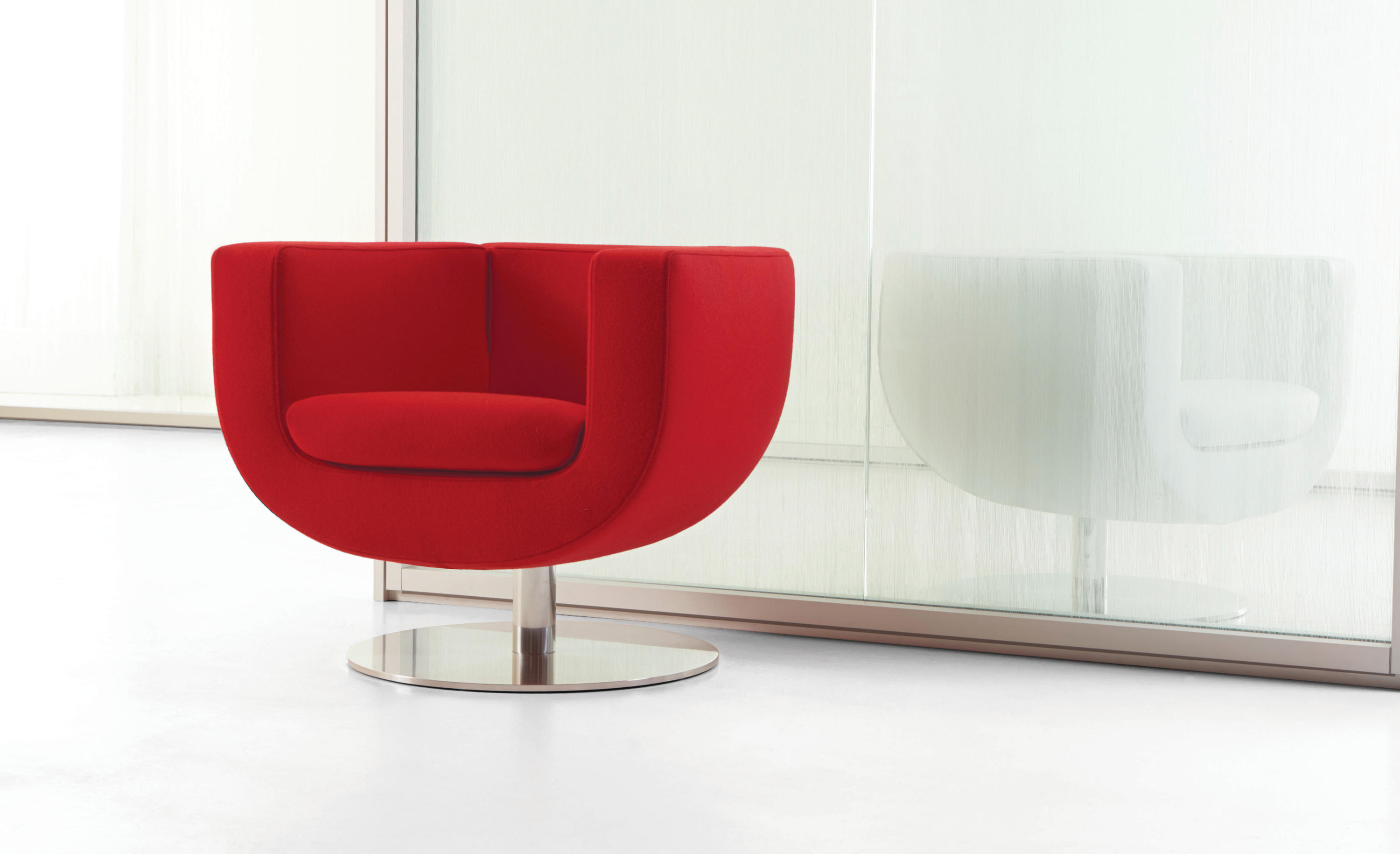 ... Tulip Large Swivel Lounge Chair By Studio TK