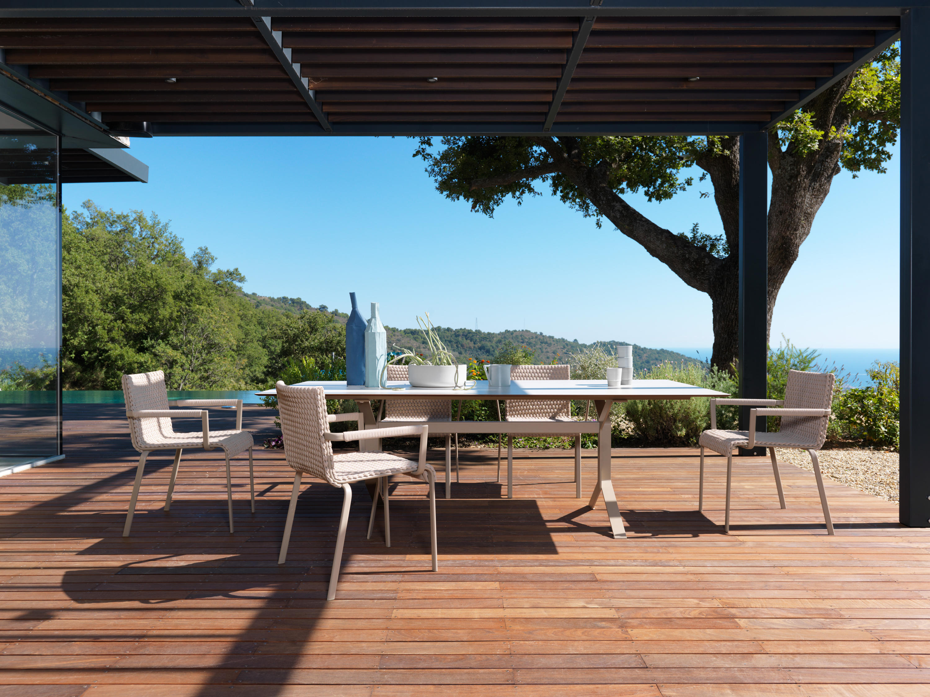 Keywest 4270 Beam Benches From Roberti Rattan Architonic