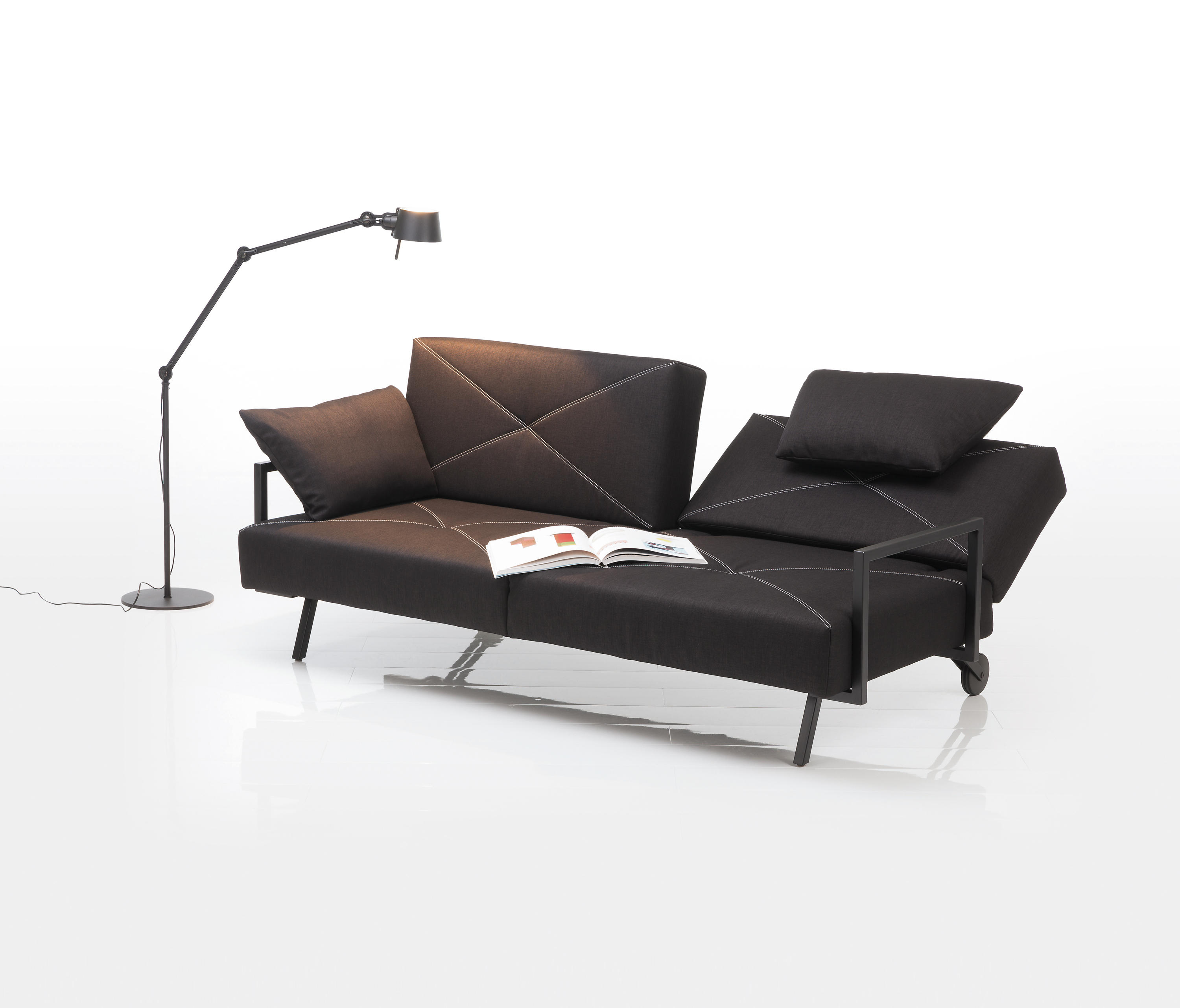 concert chaise longues von br hl architonic. Black Bedroom Furniture Sets. Home Design Ideas