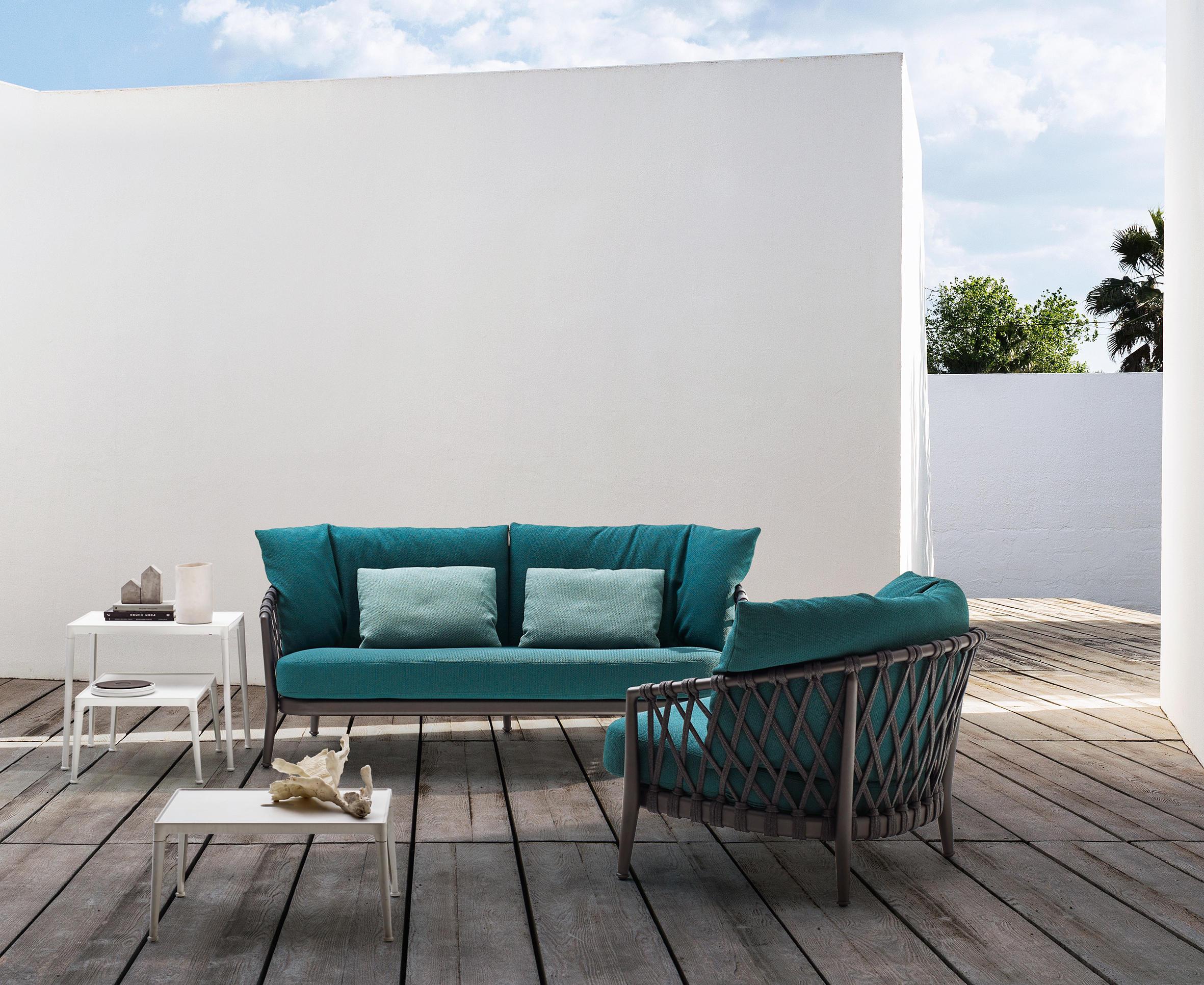 Erica outdoor sof s de jard n de b b italia architonic for B b italia outdoor