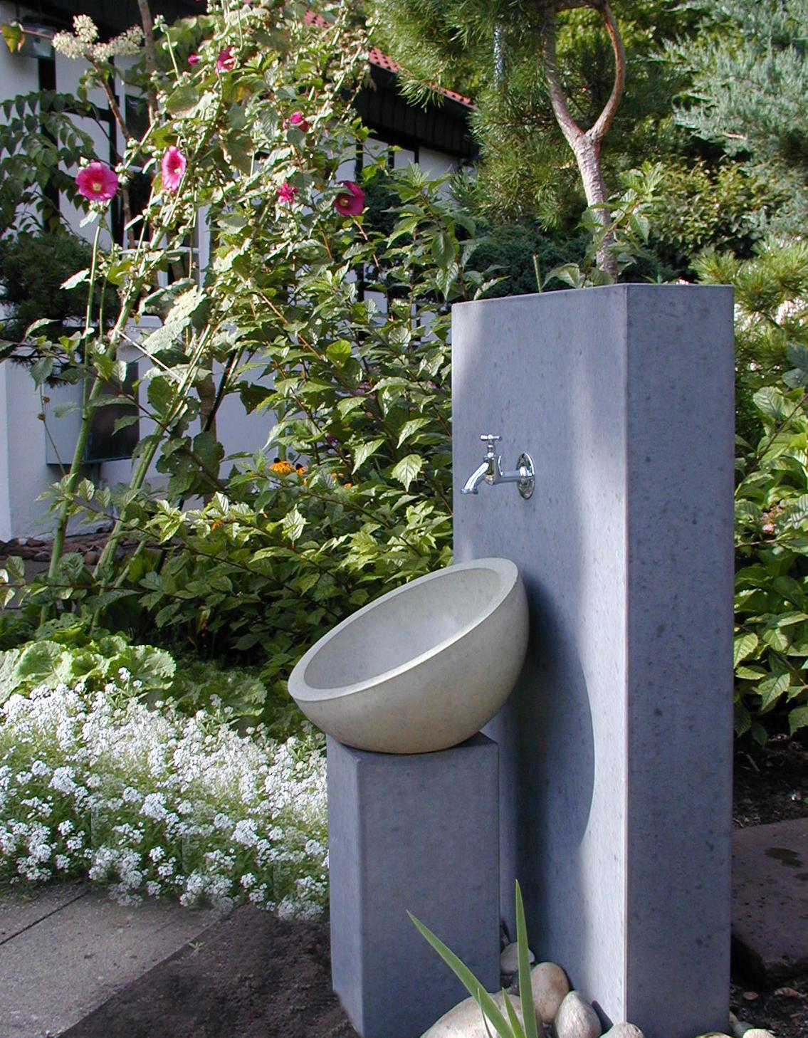 Gartenwaschbecken Kaya Trinkbrunnen Von Oggi Beton Architonic