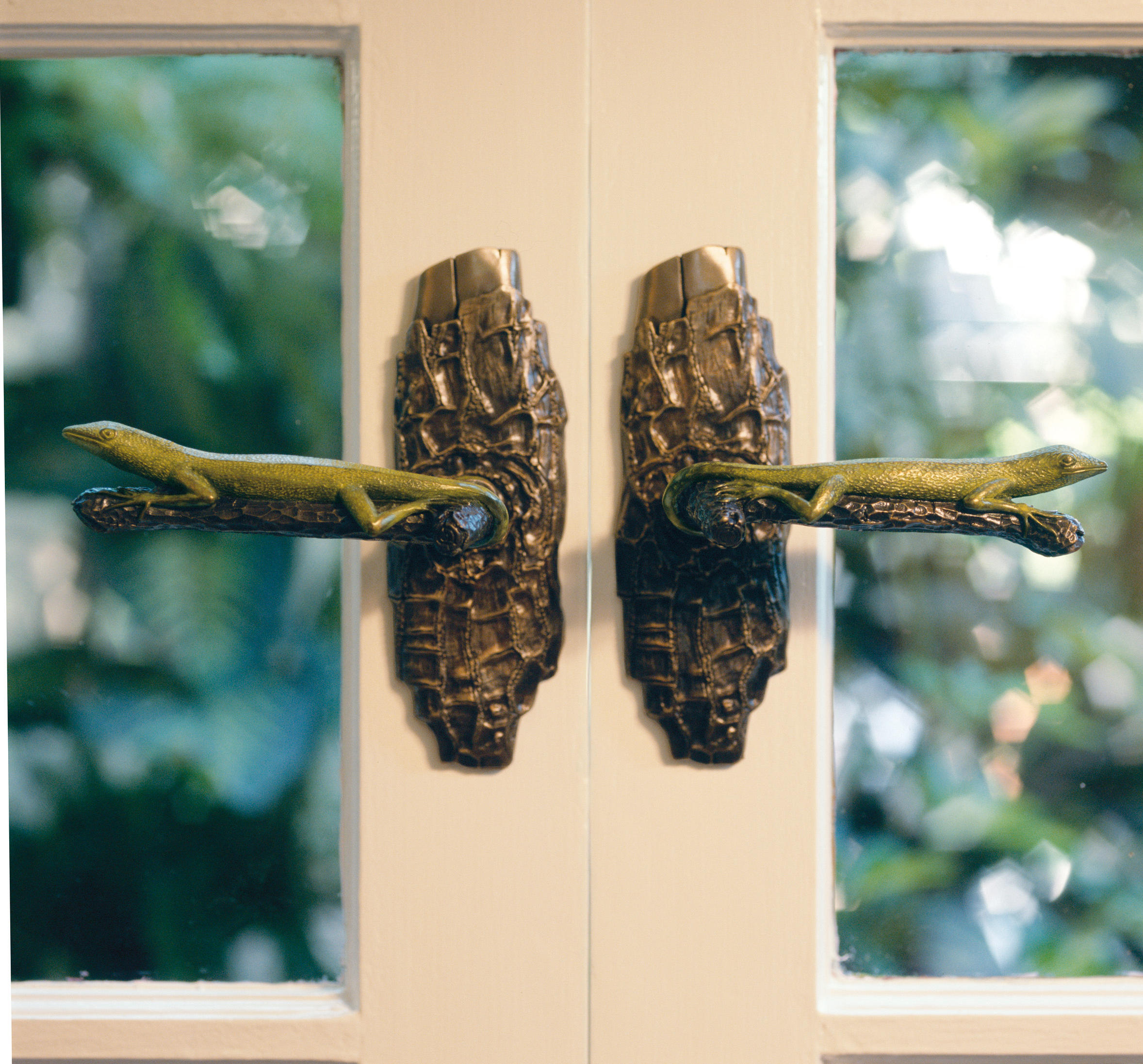 LIZARD - ENTRY DOOR HANDLE WITH LATCH - Pull handles from Martin ...
