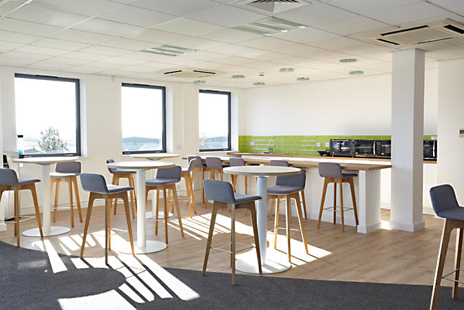 Agent Restaurant Tables From Boss Design Architonic