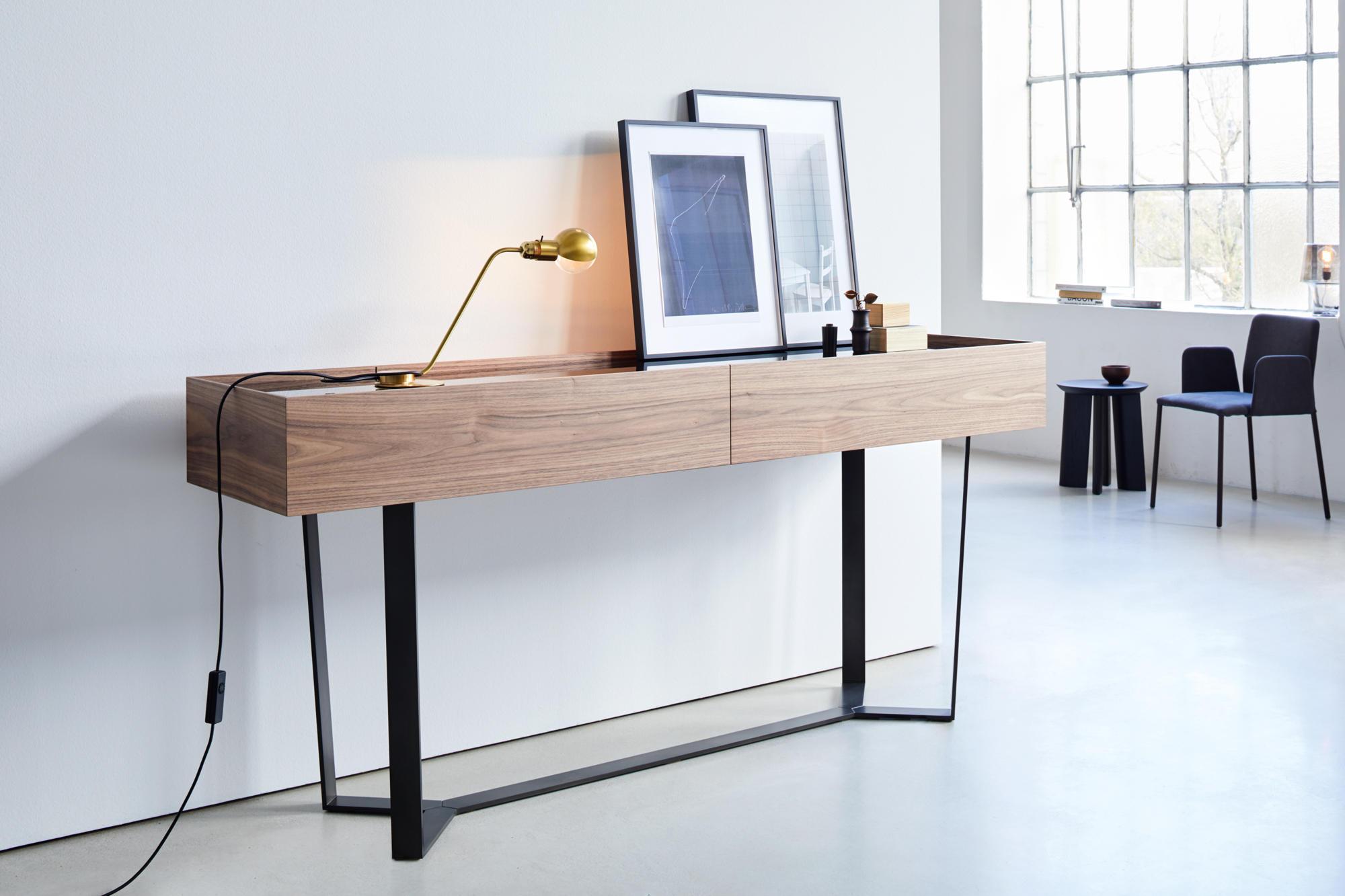 pero rund restauranttische von more architonic. Black Bedroom Furniture Sets. Home Design Ideas