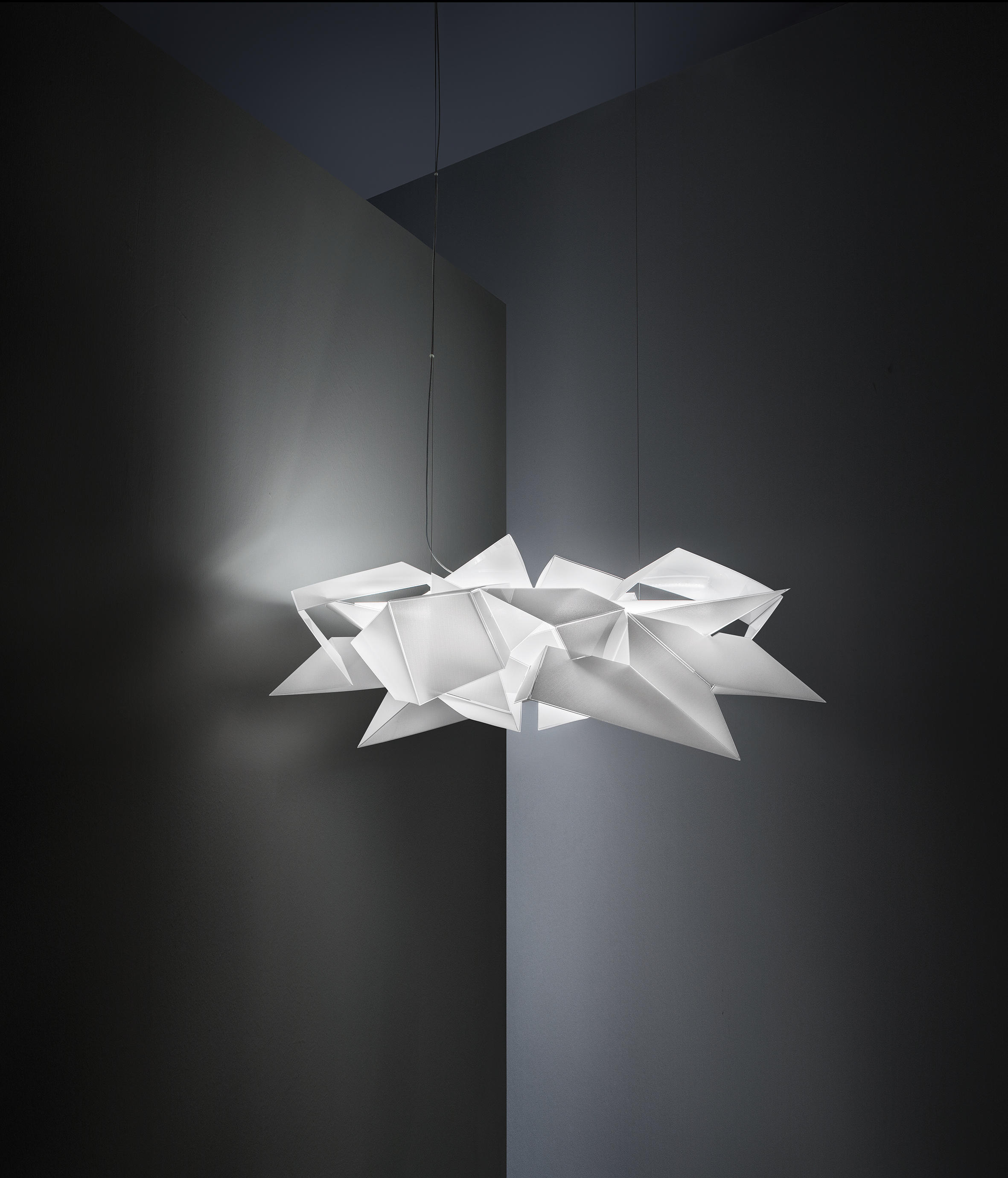 Cordoba Suspended Lights From Slamp Architonic