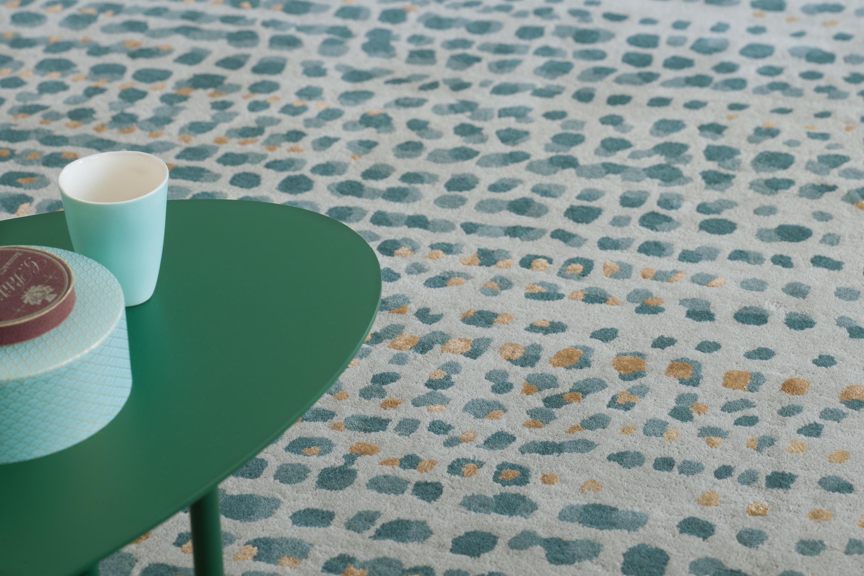brume gris bleu rugs designer rugs from toulemonde bochart architonic. Black Bedroom Furniture Sets. Home Design Ideas
