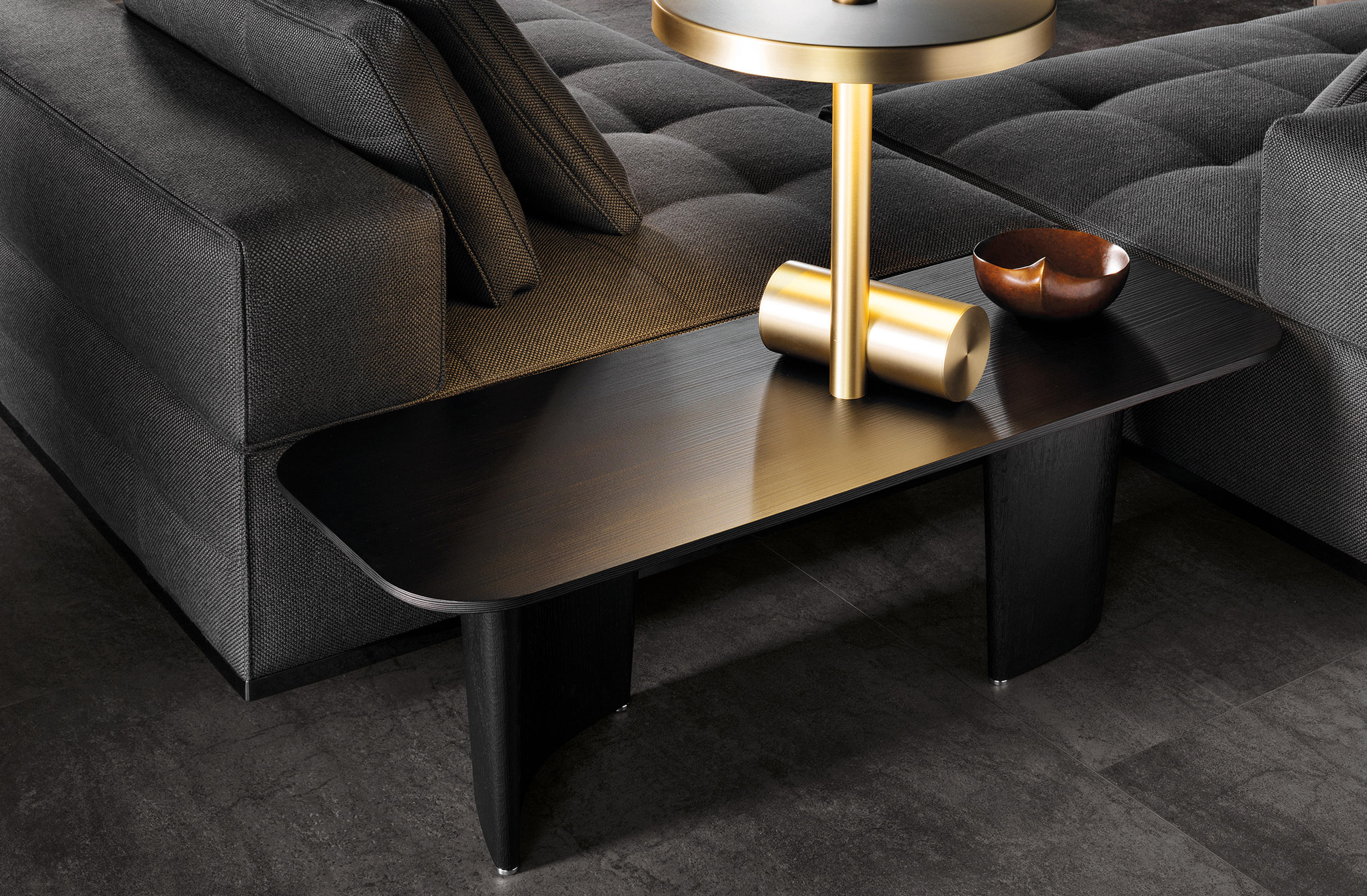 SONG COFFEE TABLE Lounge tables from Minotti