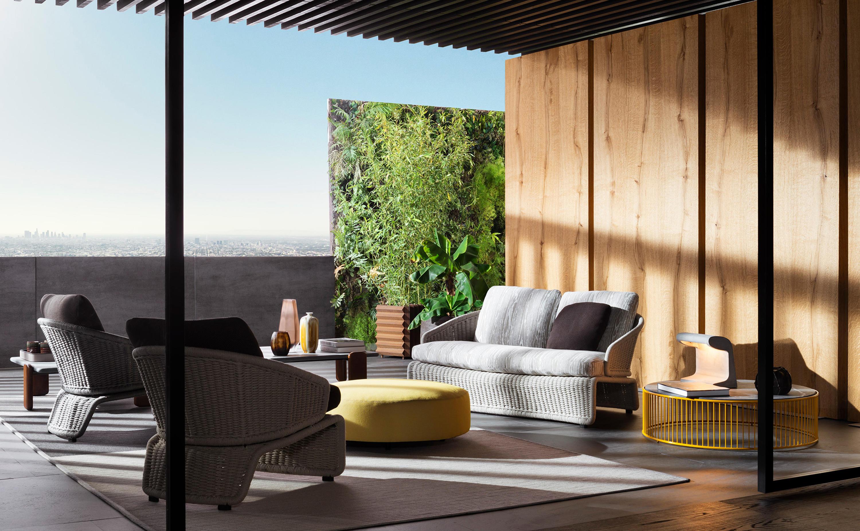Halley outdoor armchair garden armchairs from minotti for Terrazas urban mall chacras de coria