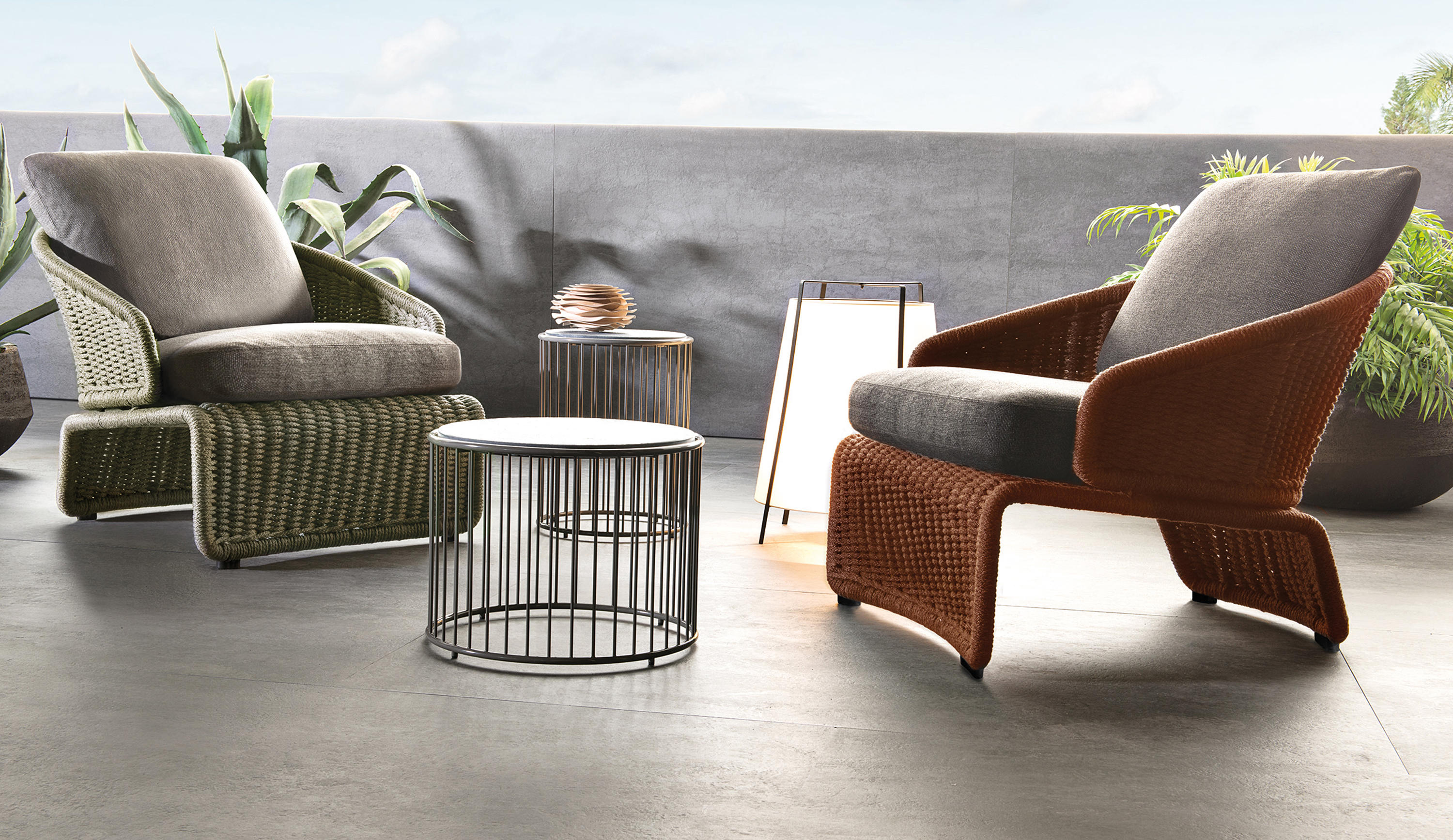 HALLEY OUTDOOR ARMCHAIR - Armchairs From Minotti