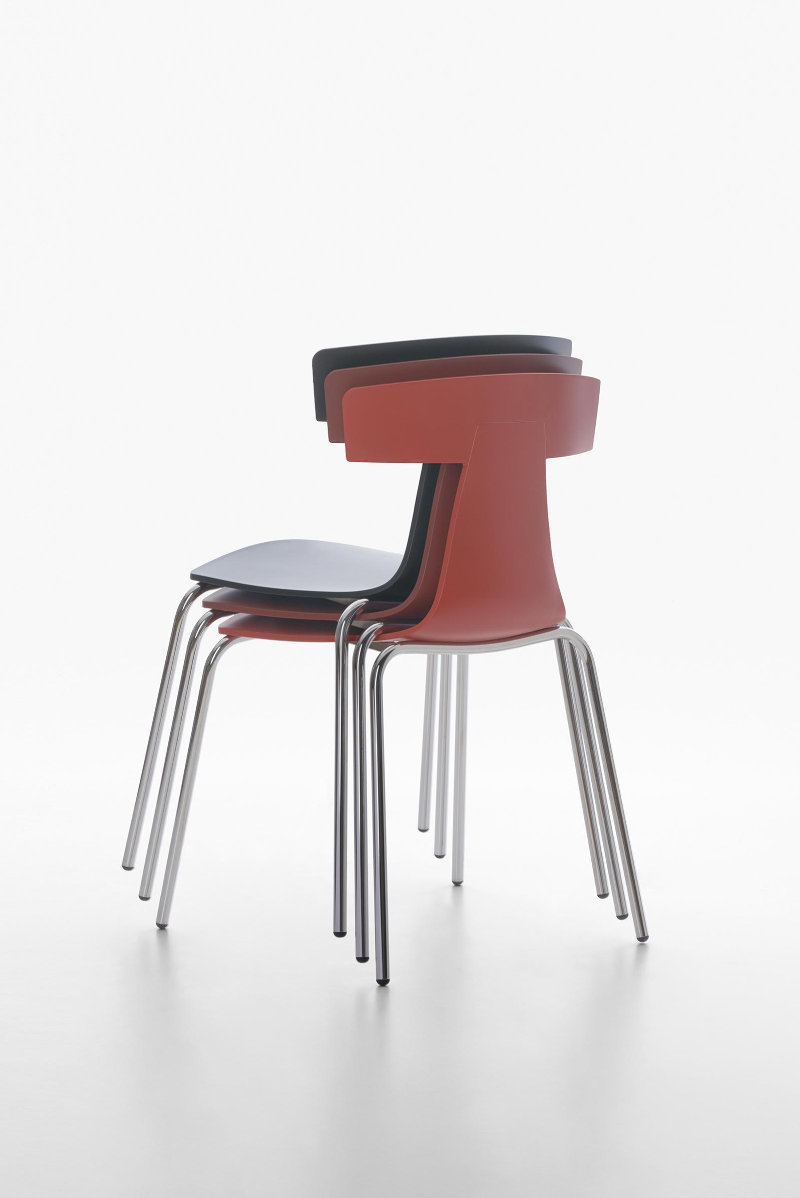 remo plastic stuhl blue avion restaurantst hle von plank. Black Bedroom Furniture Sets. Home Design Ideas