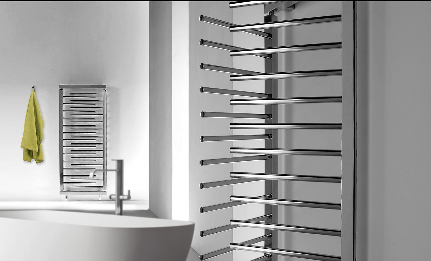 Taosystem radiators deltacalor architonic for Accessori per scaldasalviette
