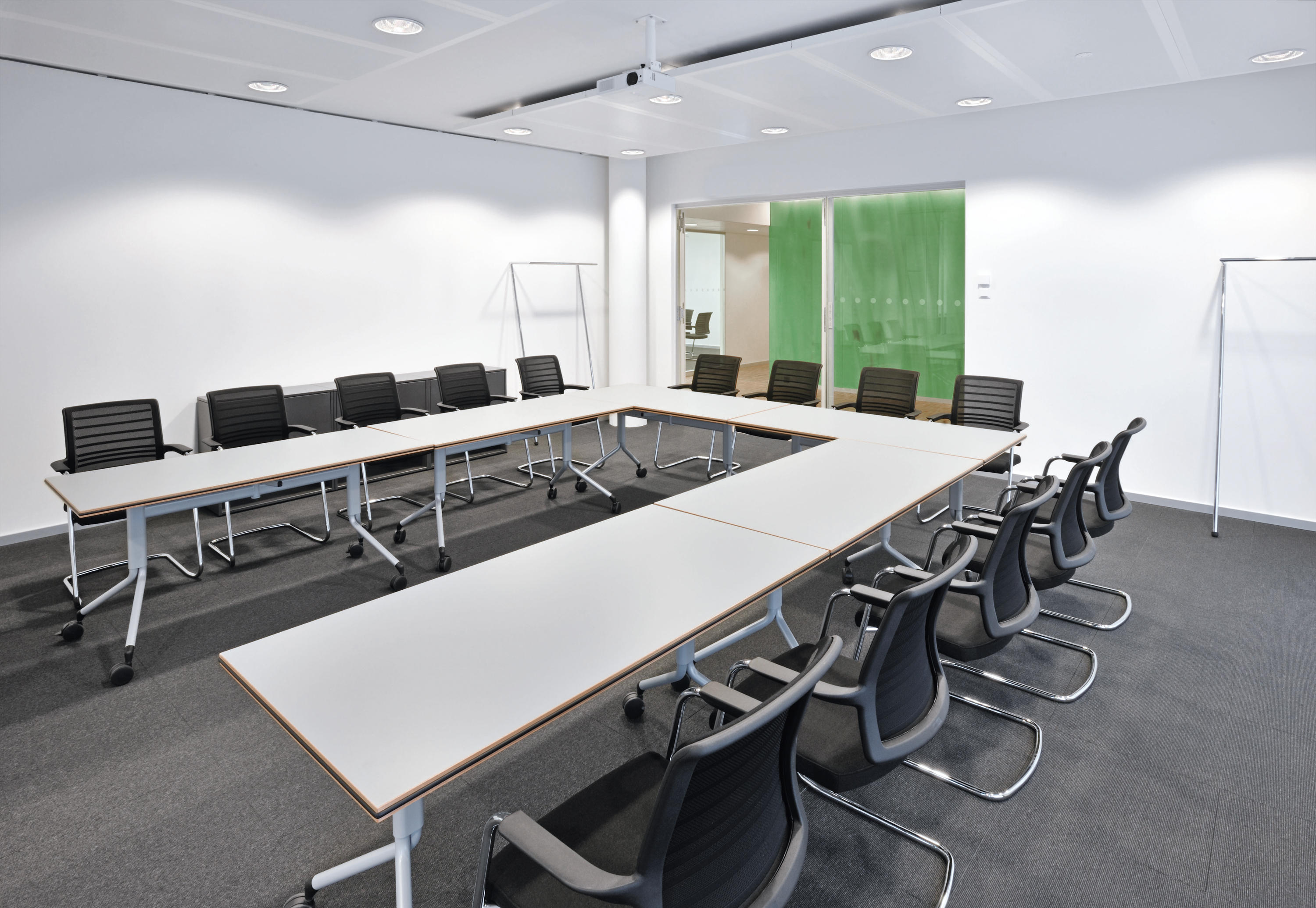 HERO 162H - Management chairs from Interstuhl Büromöbel GmbH & Co ...