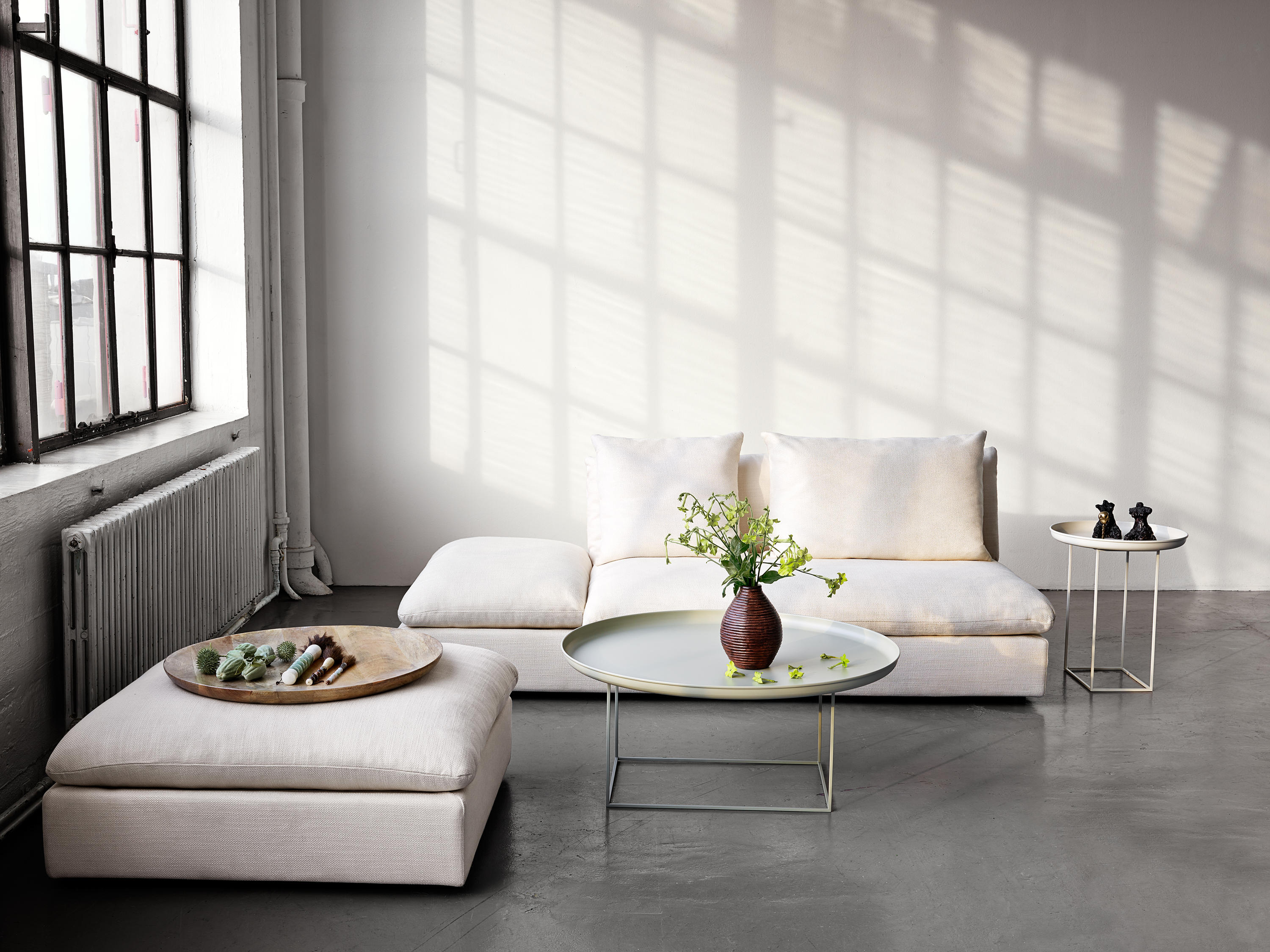 DUKE COFFEE TABLE LARGE ANTIQUE WHITE Lounge tables from